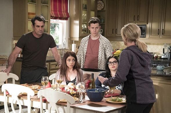 Modern Family season 9, episode 20 recap: Mother
