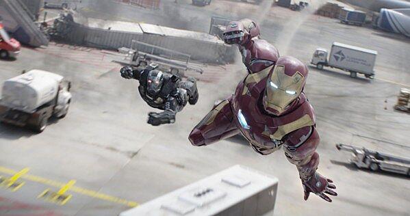 Iron Man's Hulkbuster armor in Avengers: Infinity War