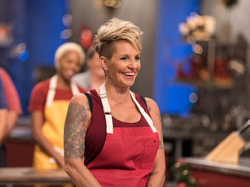 Holiday Baking Championship: Unfair that Amy Strickland is competing?