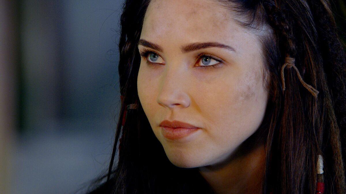 Alyssa milano charmed season 5 e1e2 2