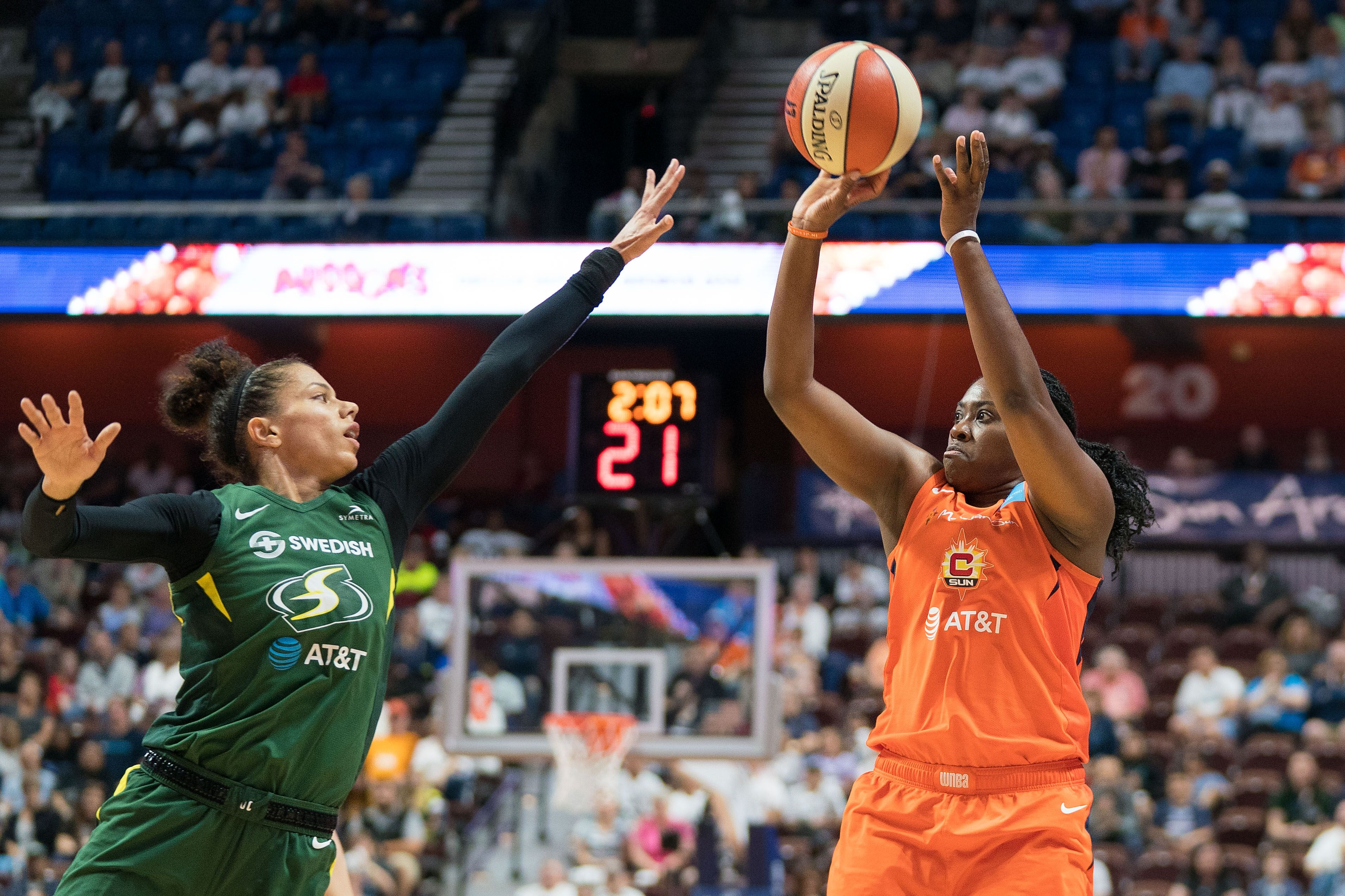 Connecticut Sun use fourth quarter to edge out the Seattle Storm