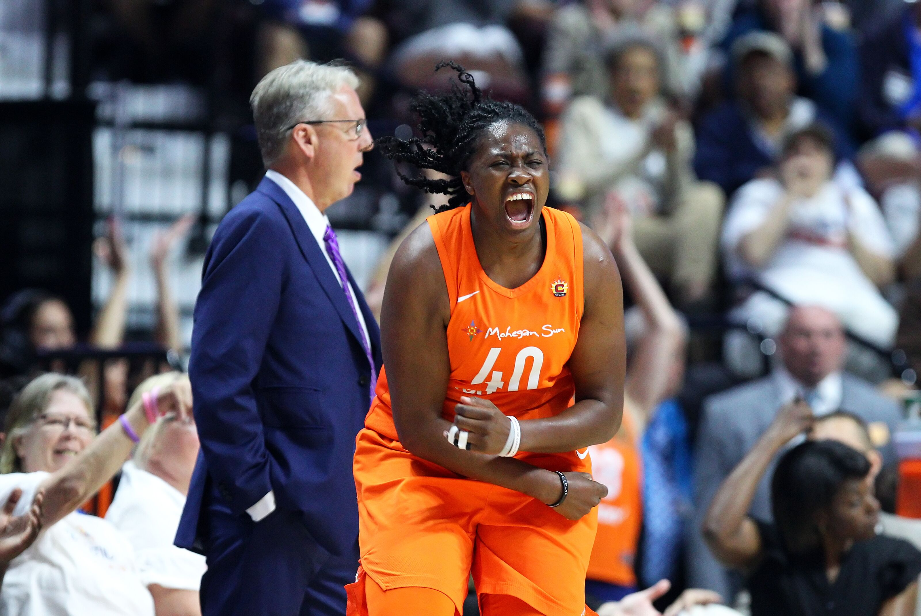 Connecticut Sun stay hot against Atlanta Dream