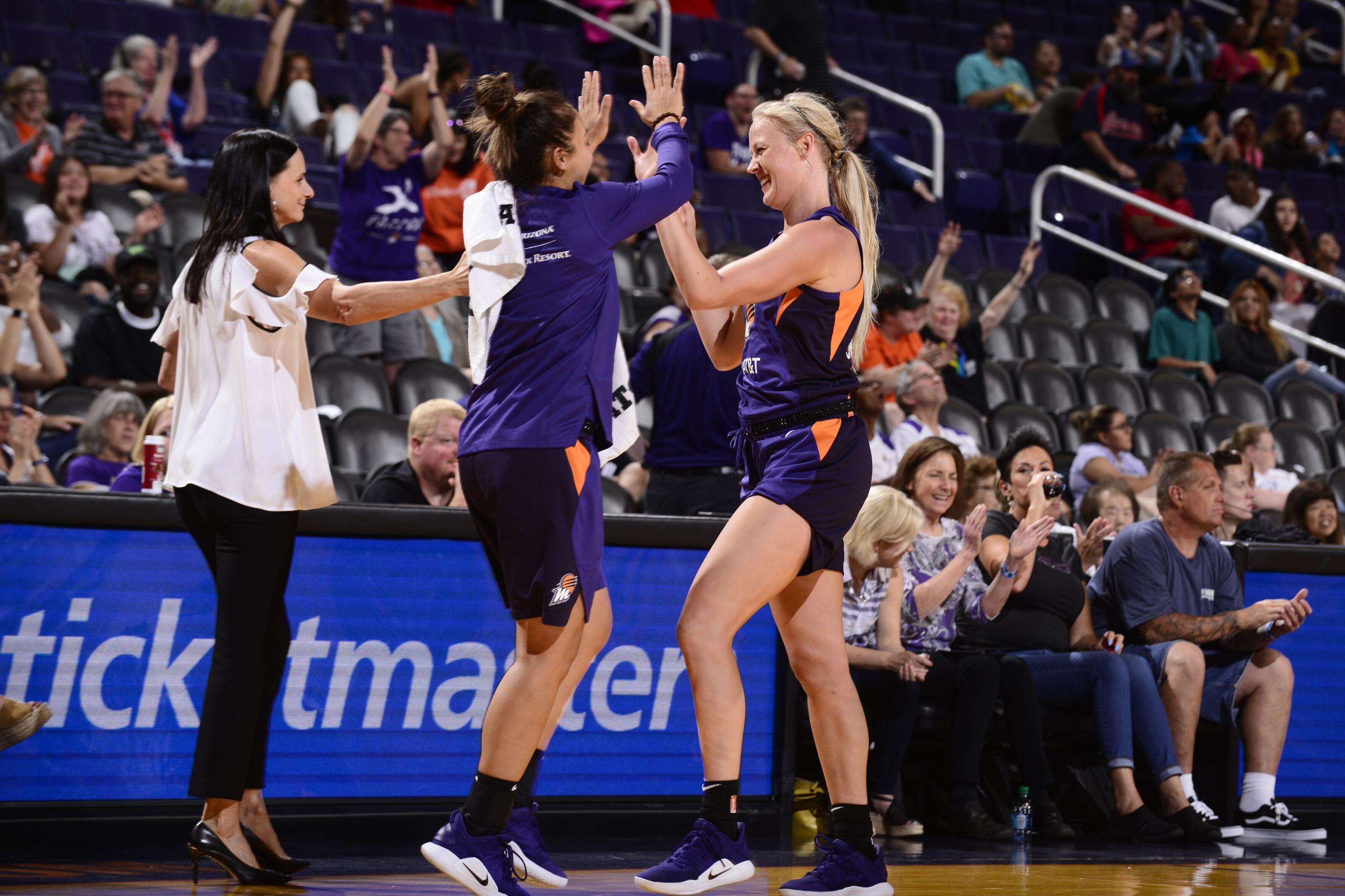 WNBA news: Experienced Mercury ready to mix rookie trio into
