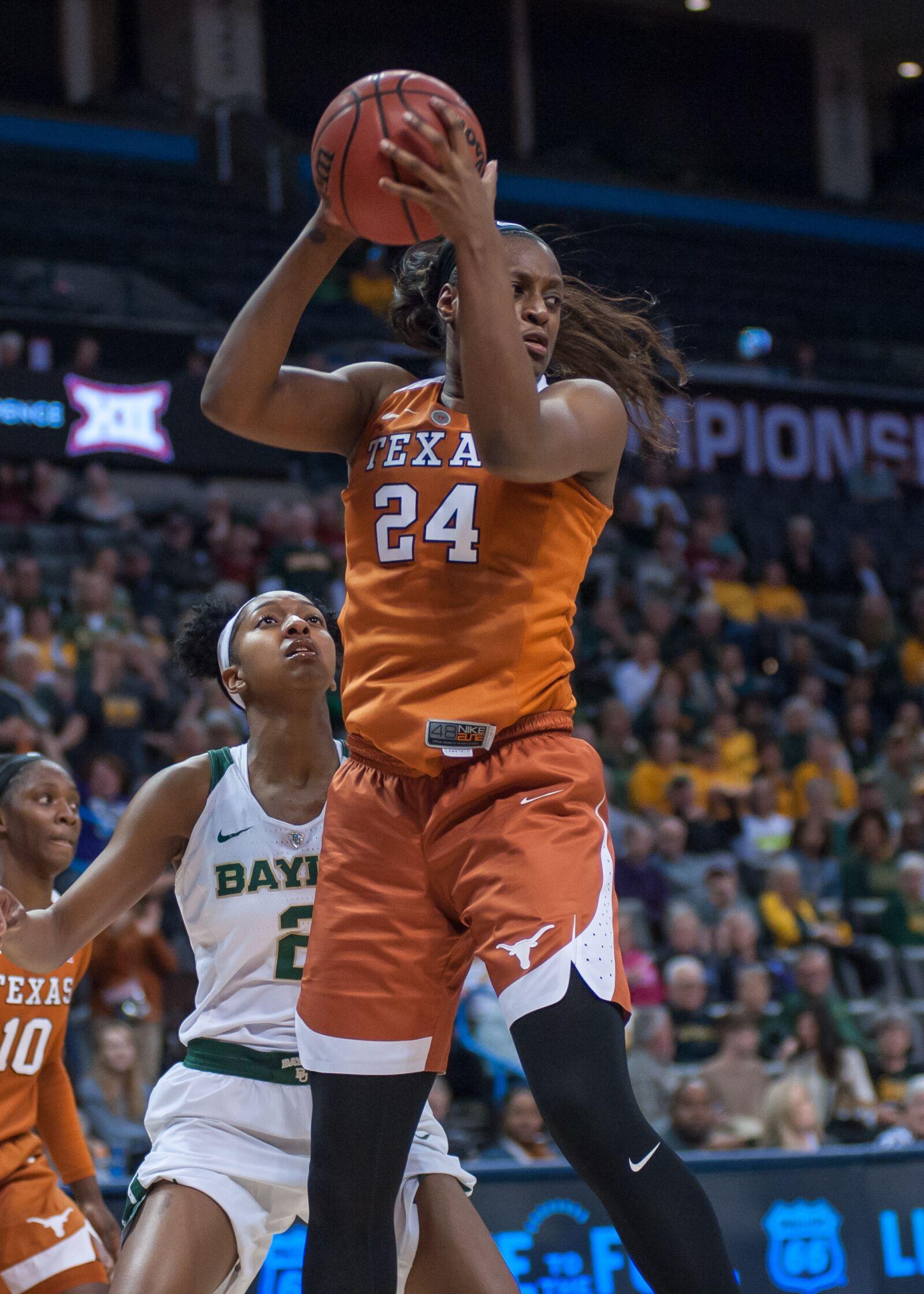 PODCAST: Texas forward Joyner Holmes on love and loss of basketball