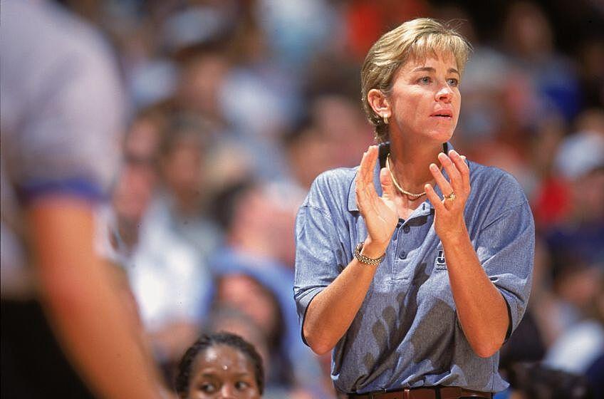 Women's basketball: Georgia Tech set to name Nell Fortner head coach
