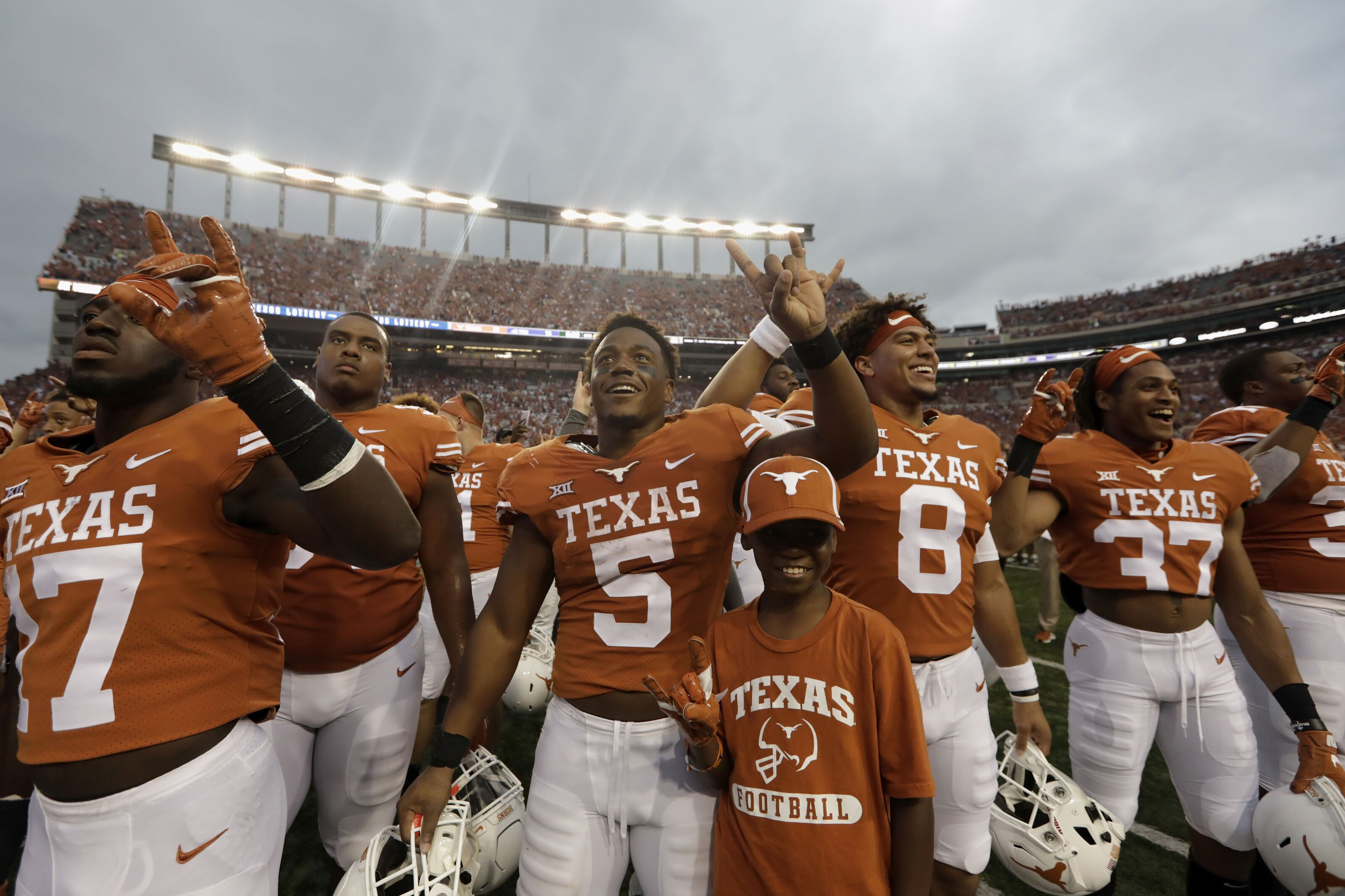 Texas Football: 5 players who should get more playing time after bye week