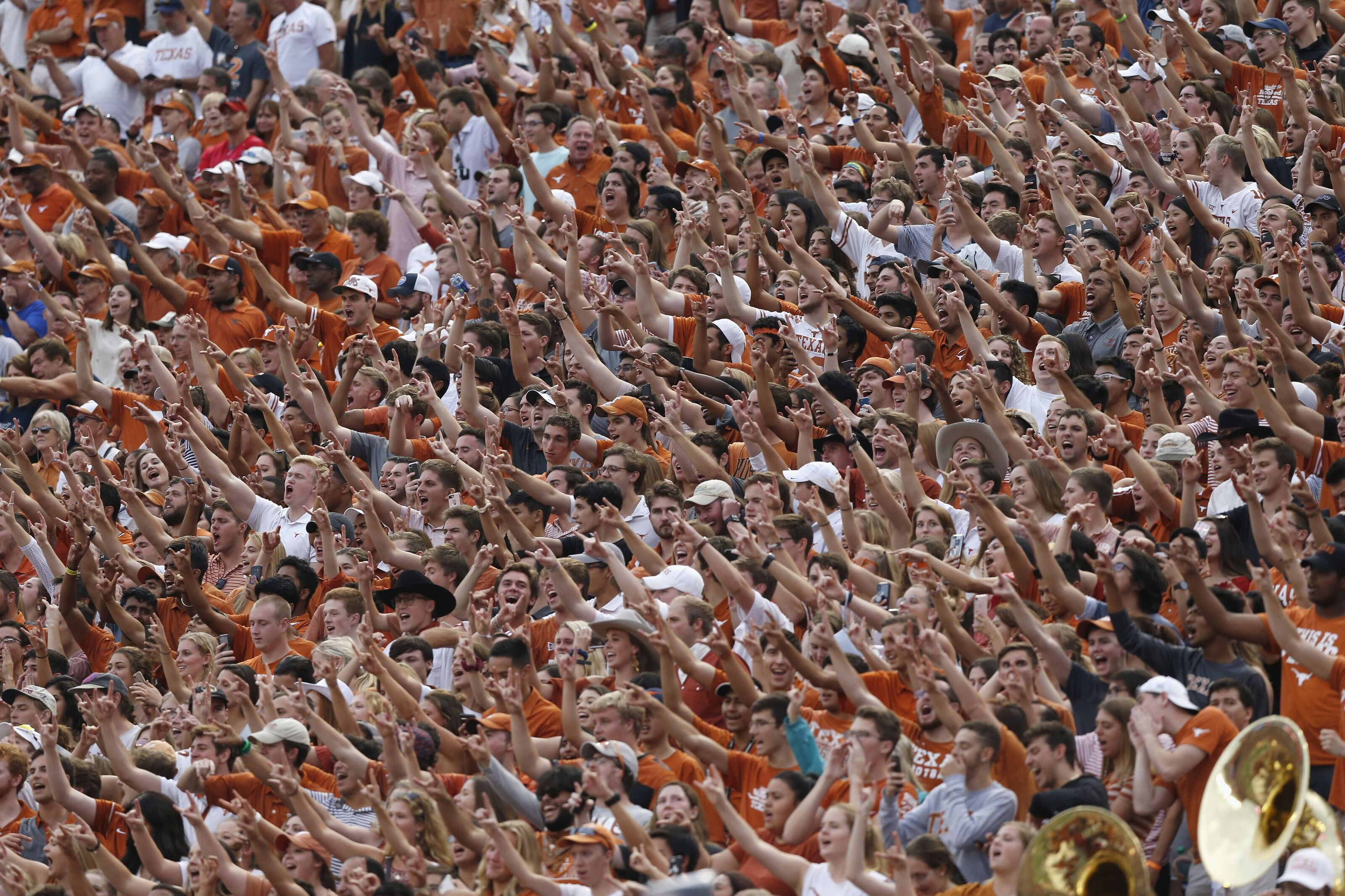 Texas Football Recruiting: What impact will 2019 LB David Gbenda have for Longhorns