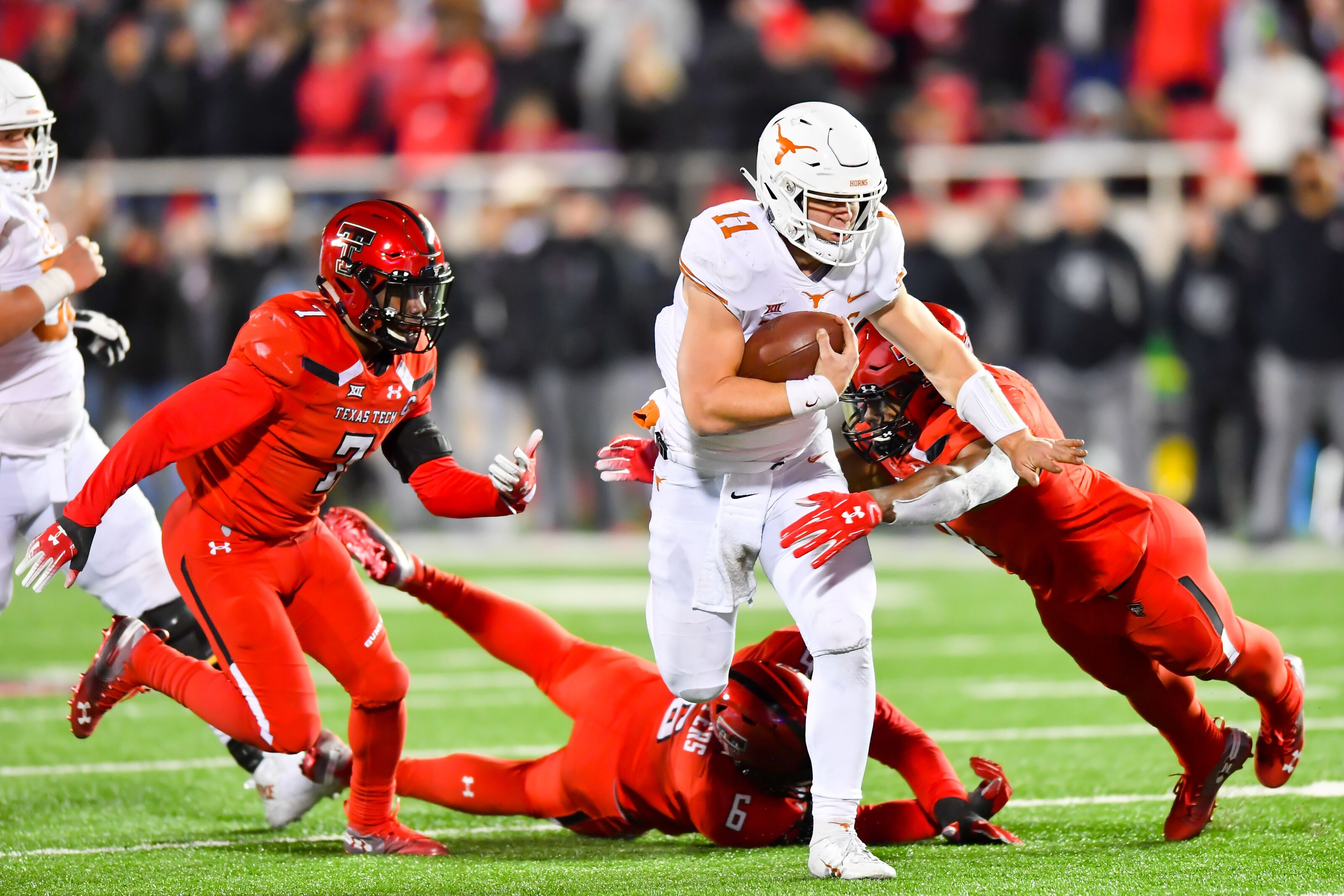 Texas Football: Ehlinger vs  Purdy a battle of two 2019