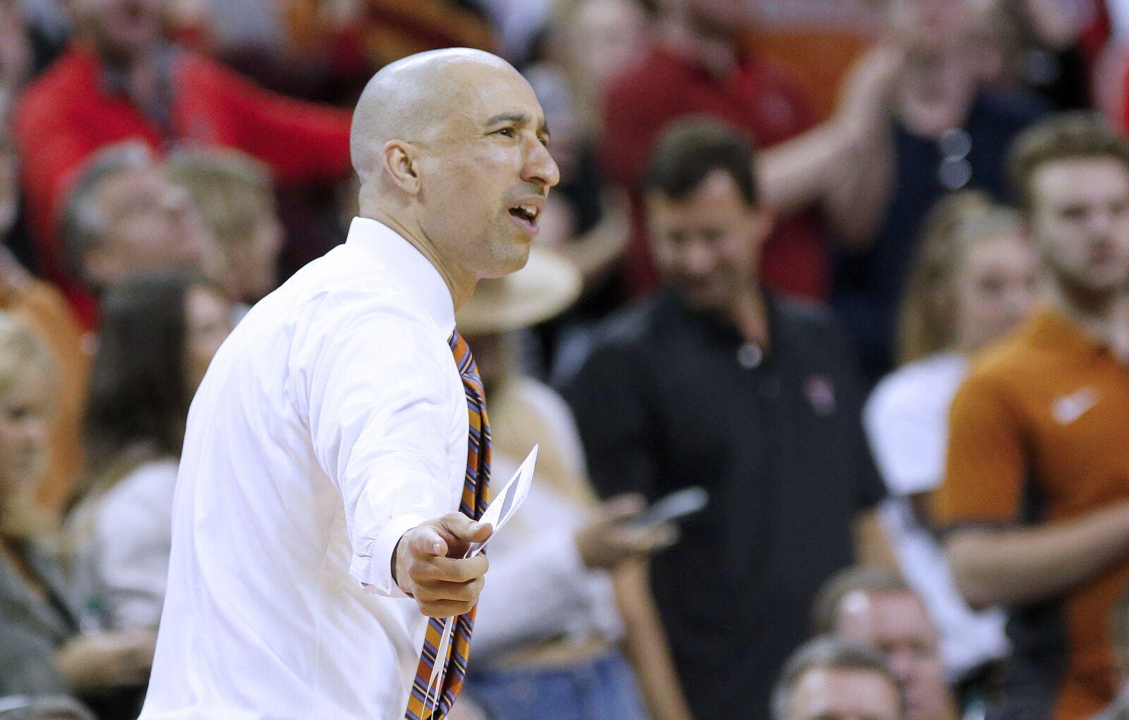 Texas Basketball: Shaka Smart undergoes unacceptable loss to Iowa St
