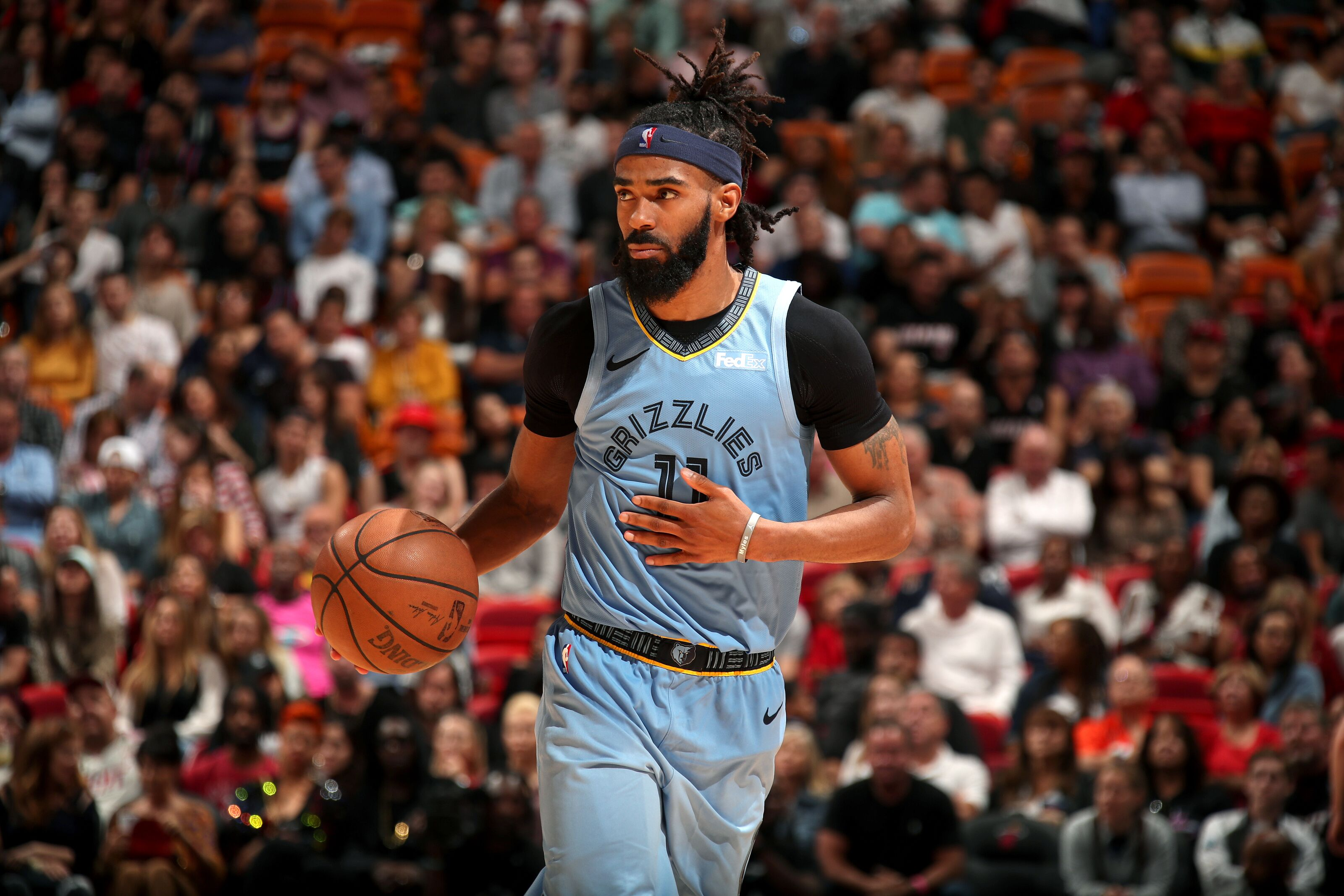 Phoenix Suns: Pros and cons of trading for Mike Conley