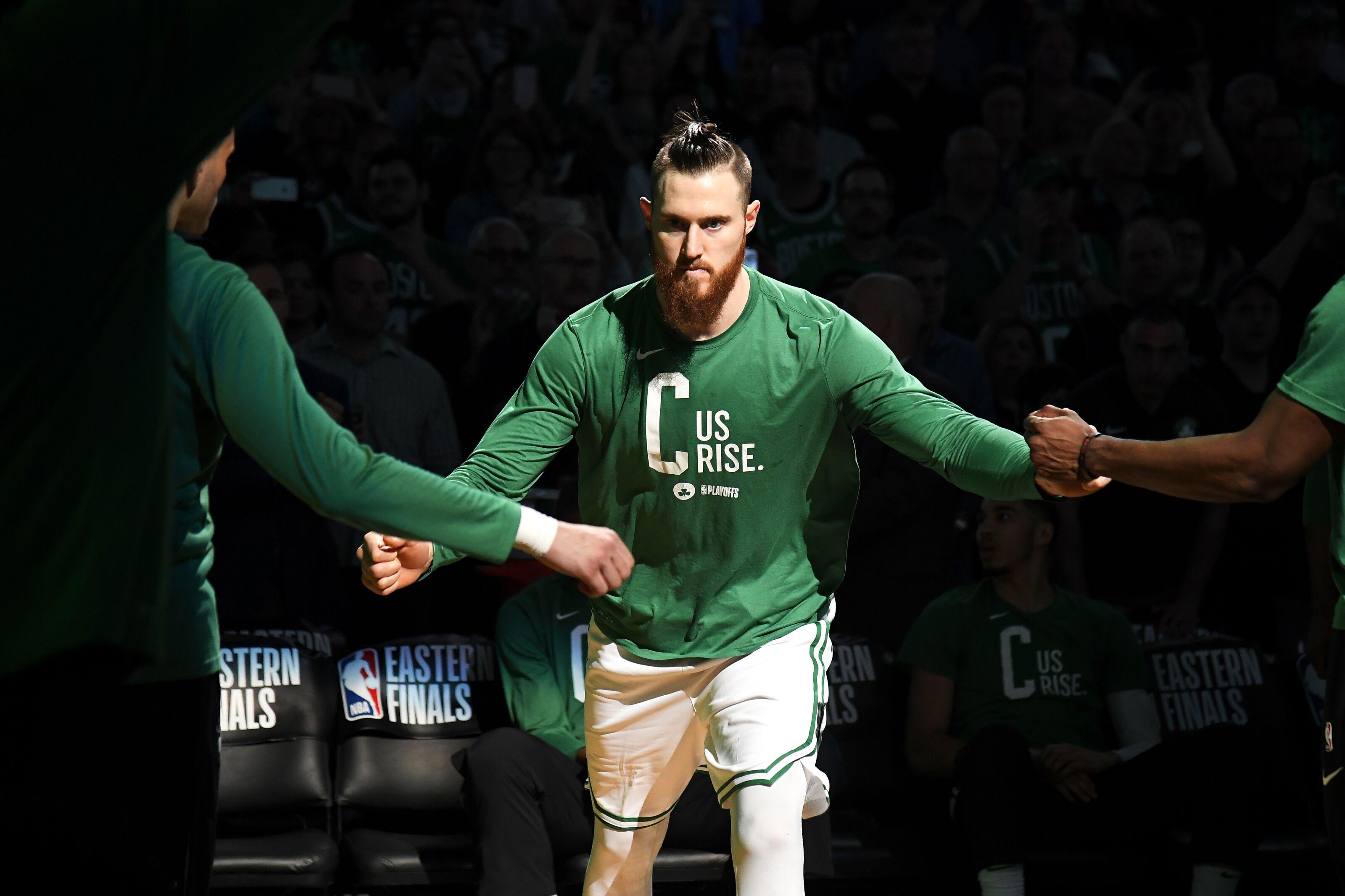 2018 Nba Free Agency Grades Celtics To Re Sign Aron Baynes