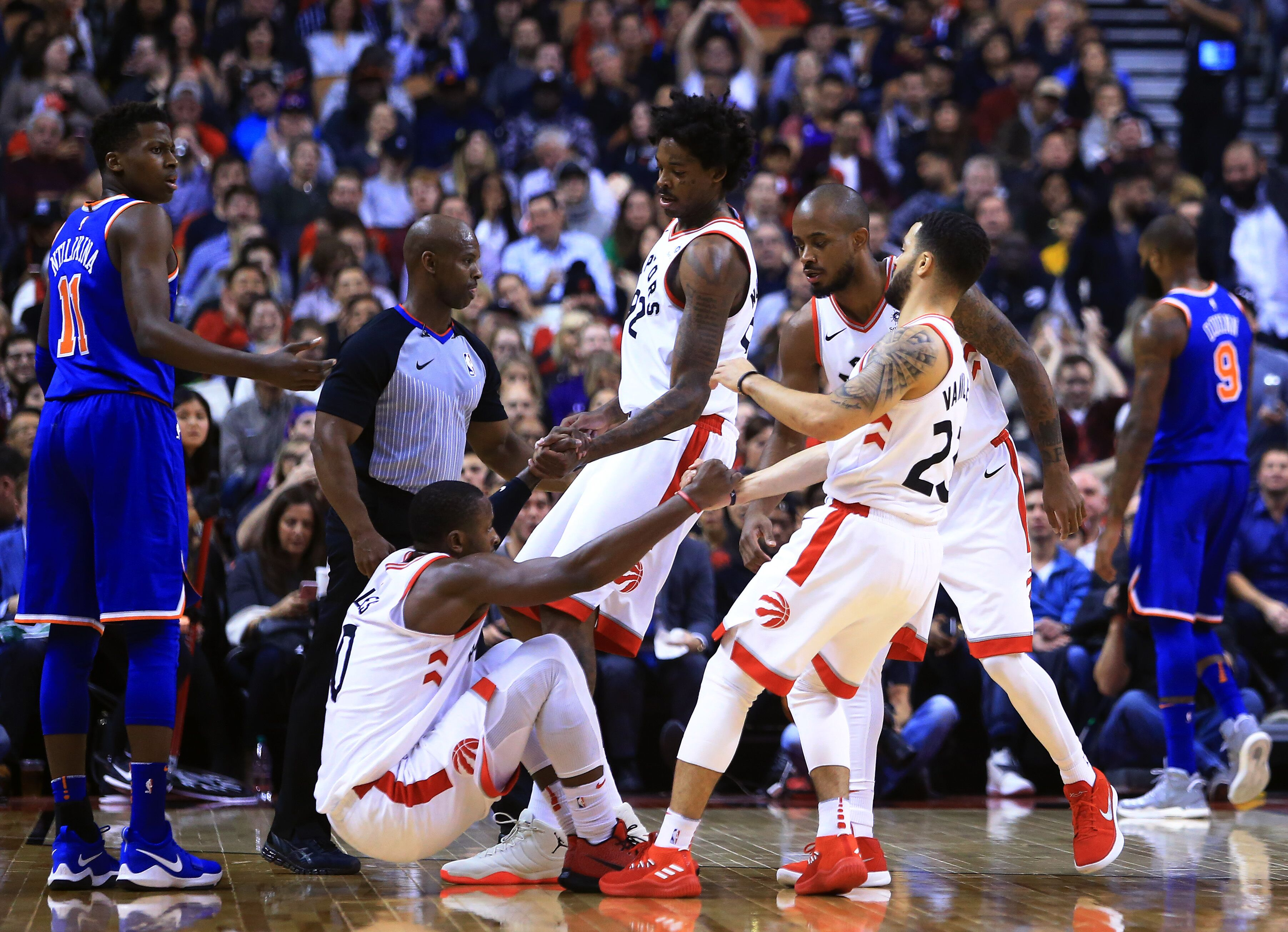 875529528-new-york-knicks-v-toronto-raptors.jpg