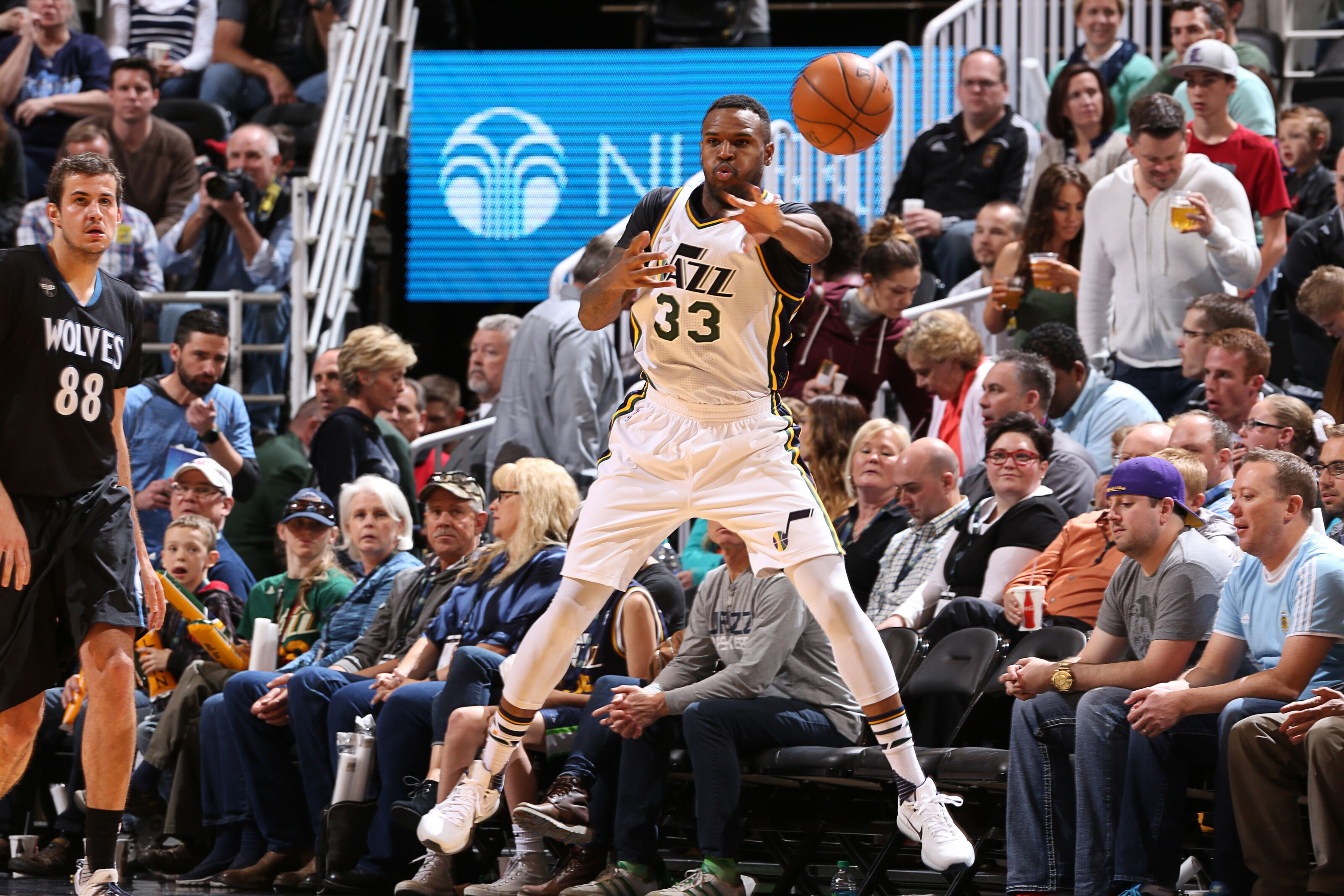 198aaacc6 Utah Jazz  How Trevor Booker helped save the franchise