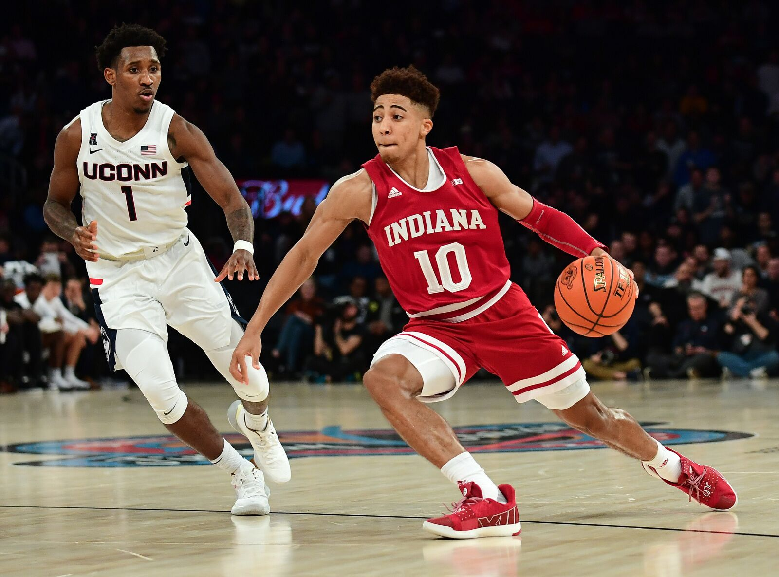 Indiana Basketball: Rob Phinisee proves to be stabilizing force for Hoosiers
