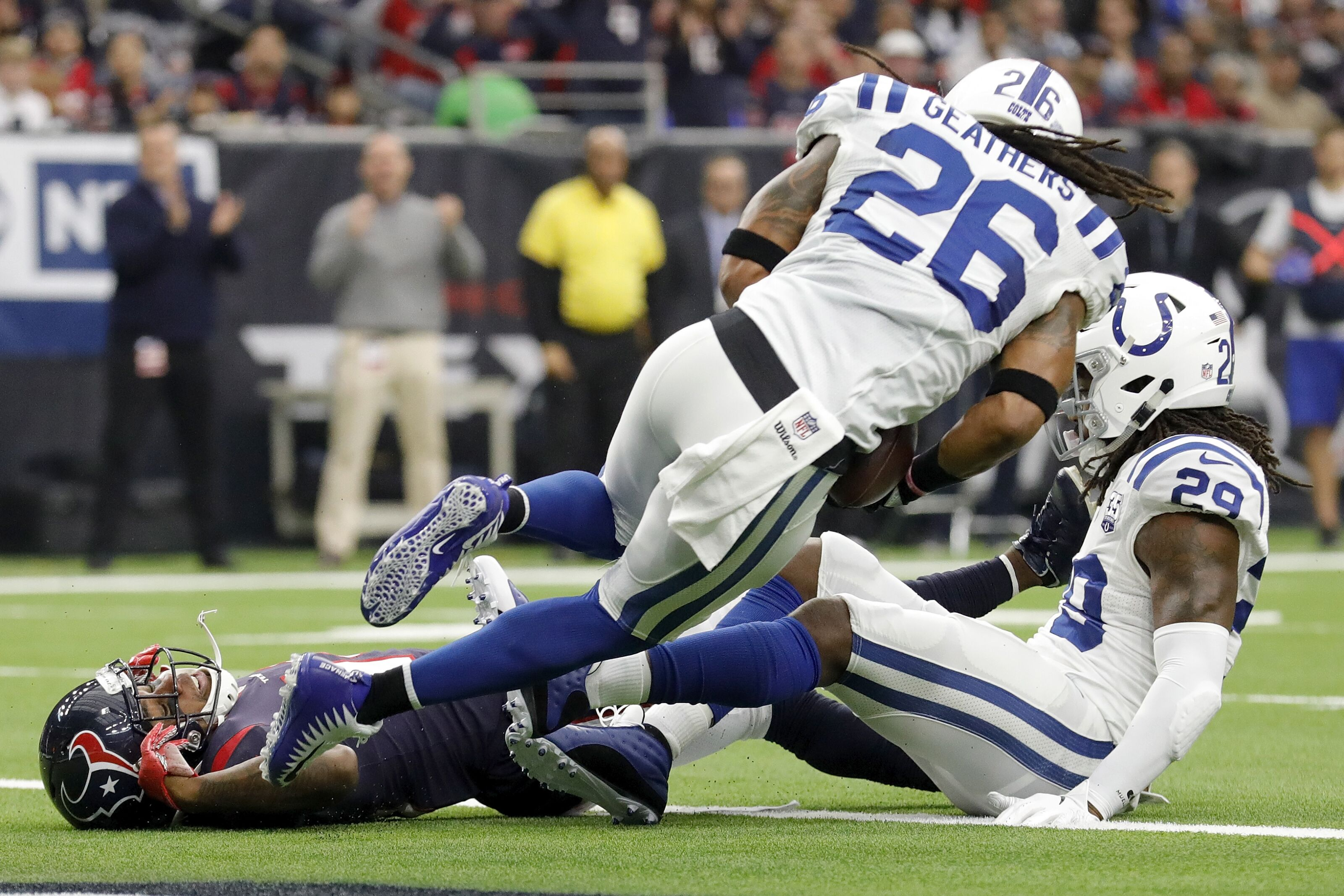42e9361a Will the Colts re-sign Clayton Geathers?