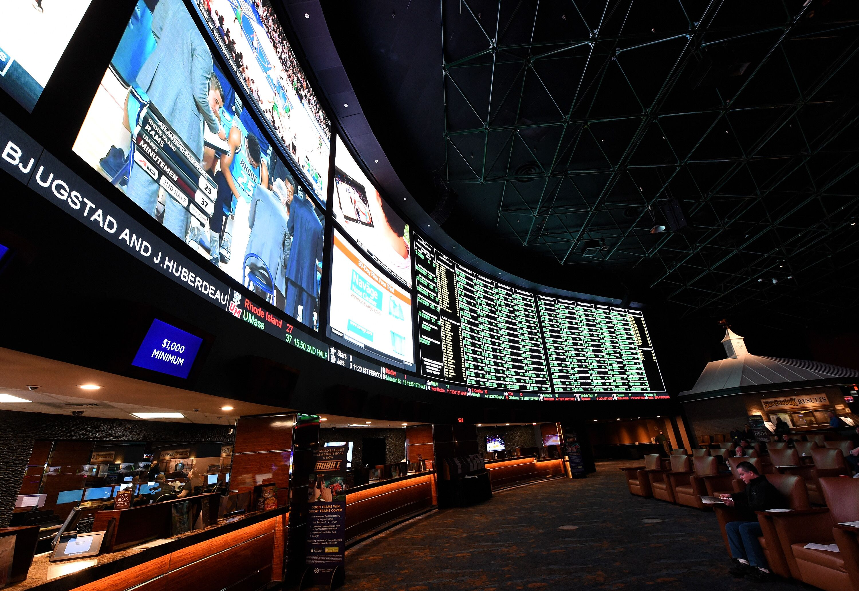 508105598-super-bowl-50-proposition-bets-at-the-westgate-las-vegas-race.jpg