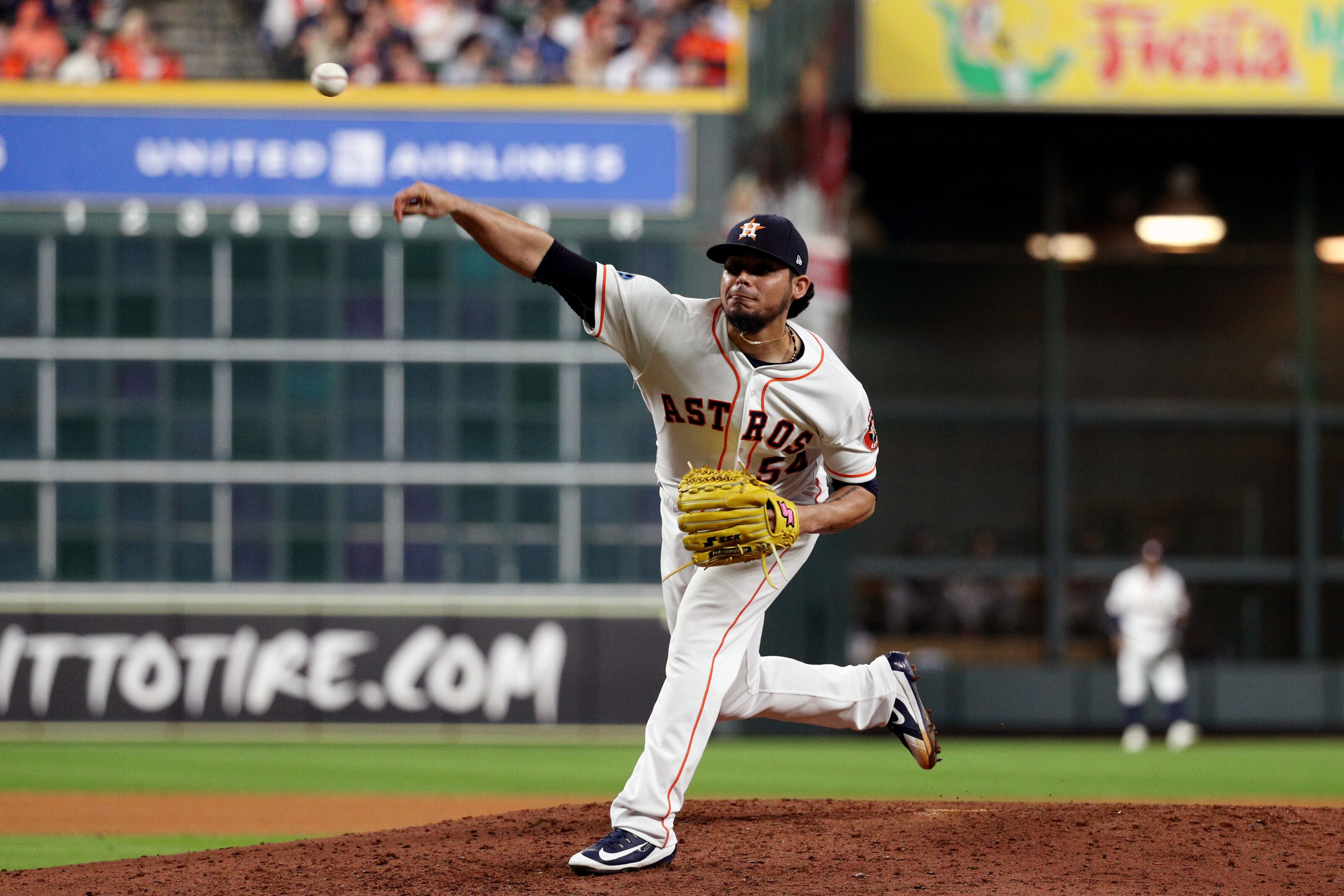 42c5201a9 Houston Astros  Roberto Osuna becoming a more dangerous weapon