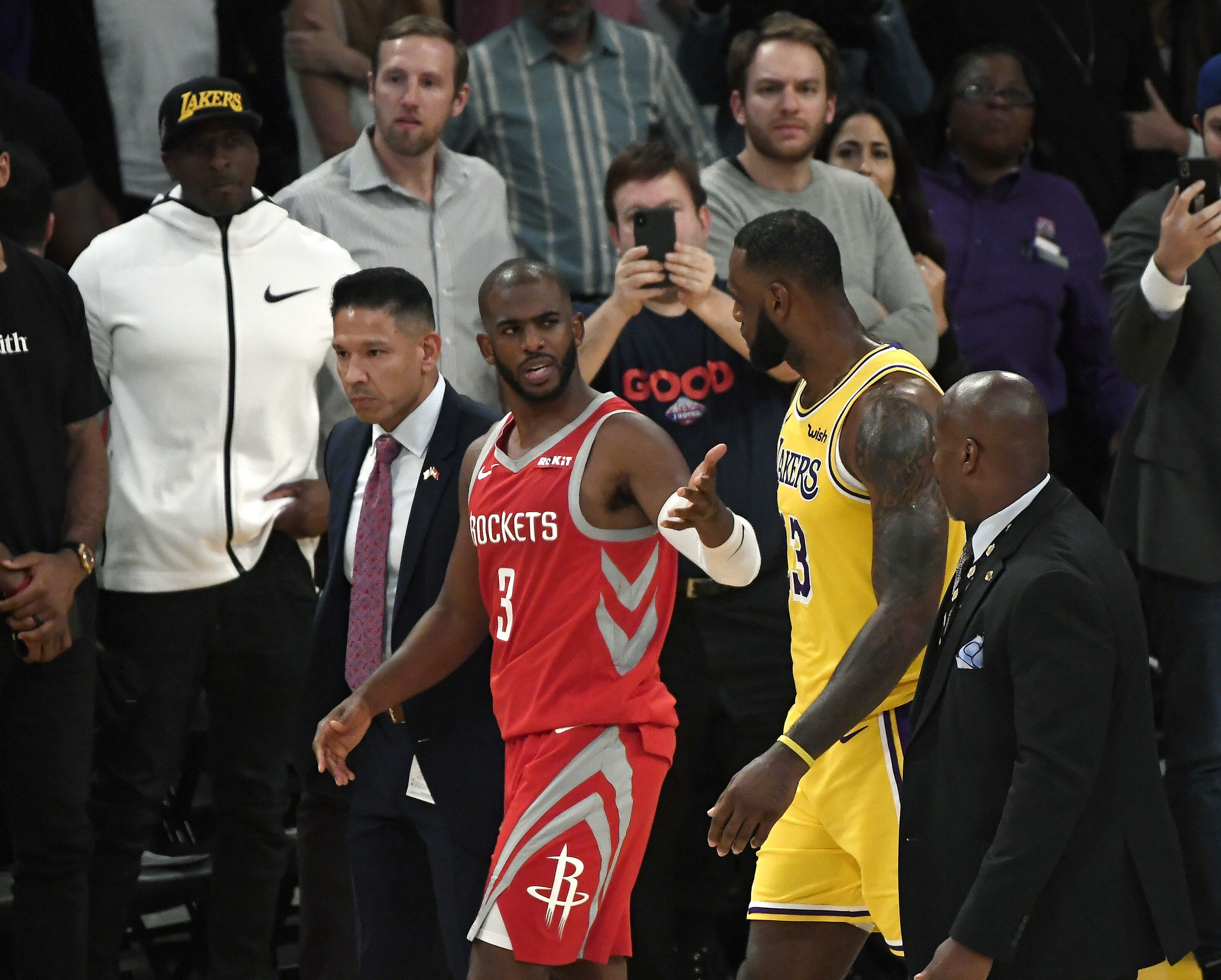 Houston Rockets  Chris Paul s reaction to Rajon Rondo was the right one 1a985214d