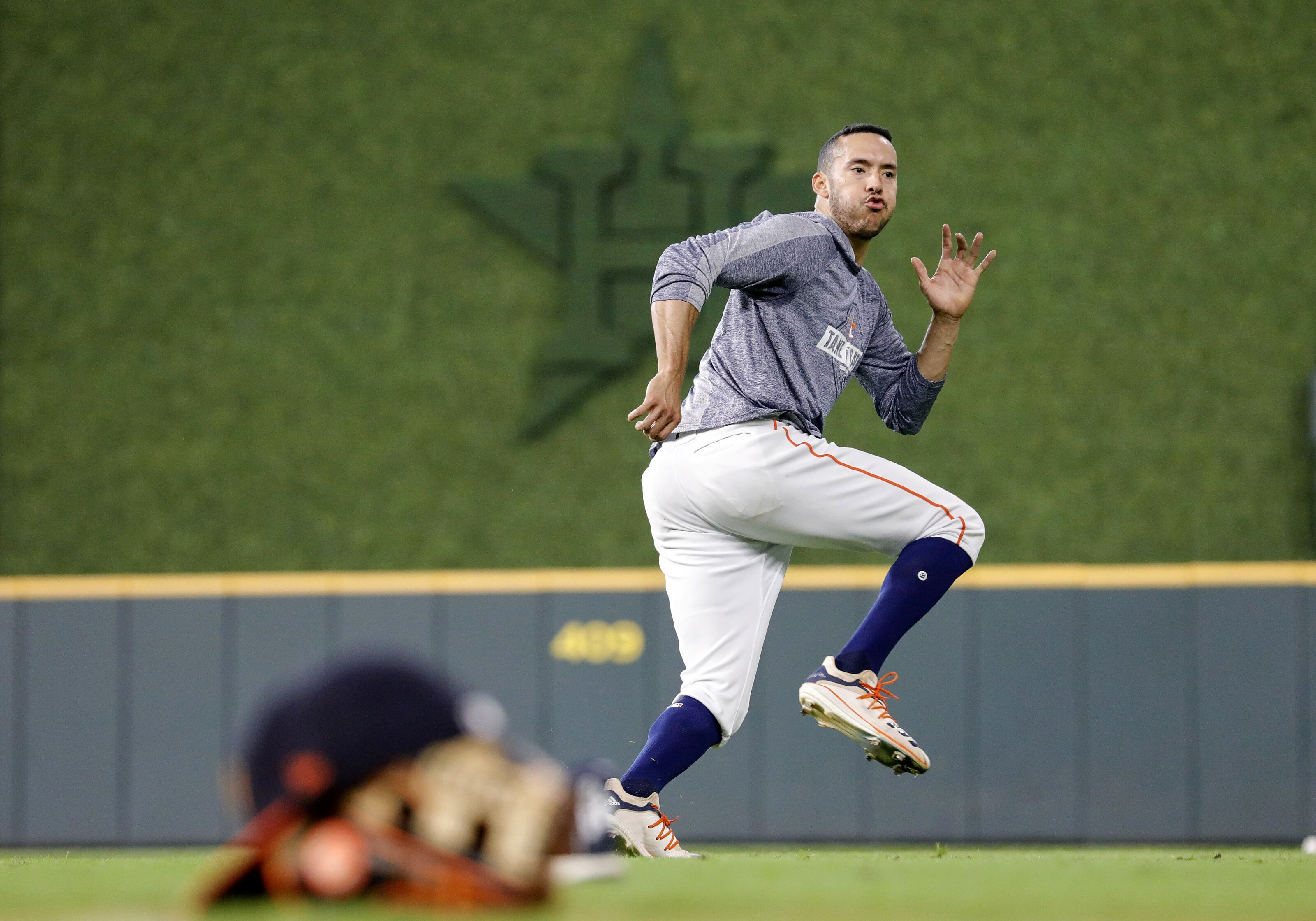 Houston Astros: Carlos Correa could be days away from a return