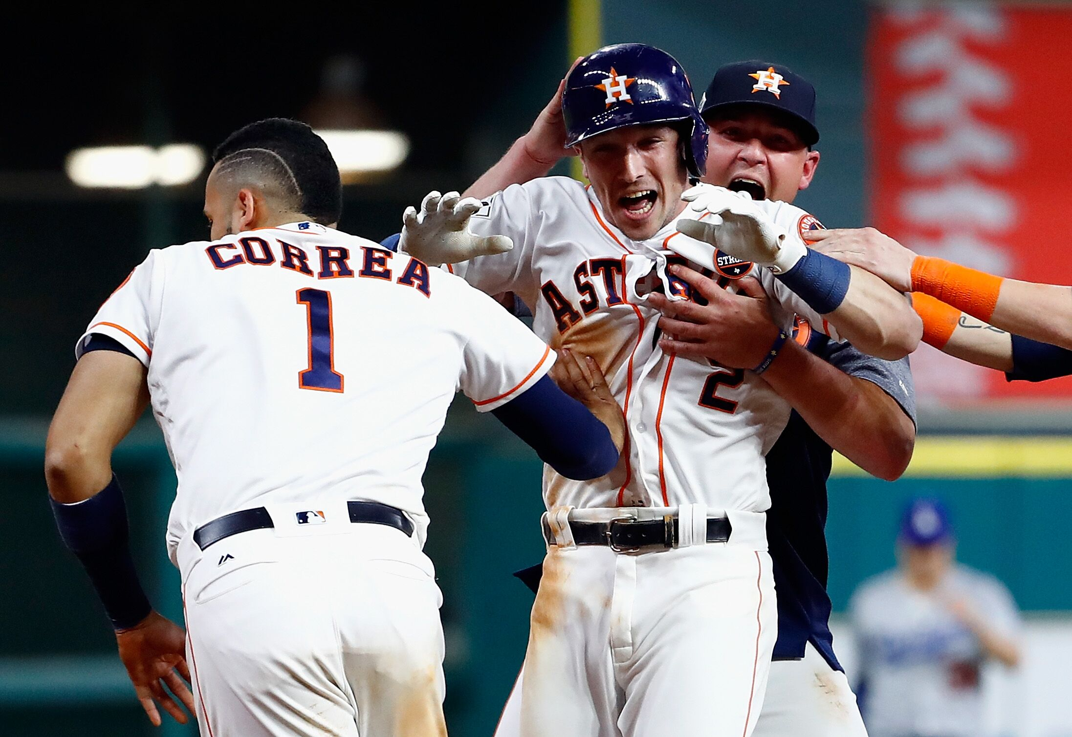 868013592-world-series-los-angeles-dodgers-v-houston-astros-game-five.jpg