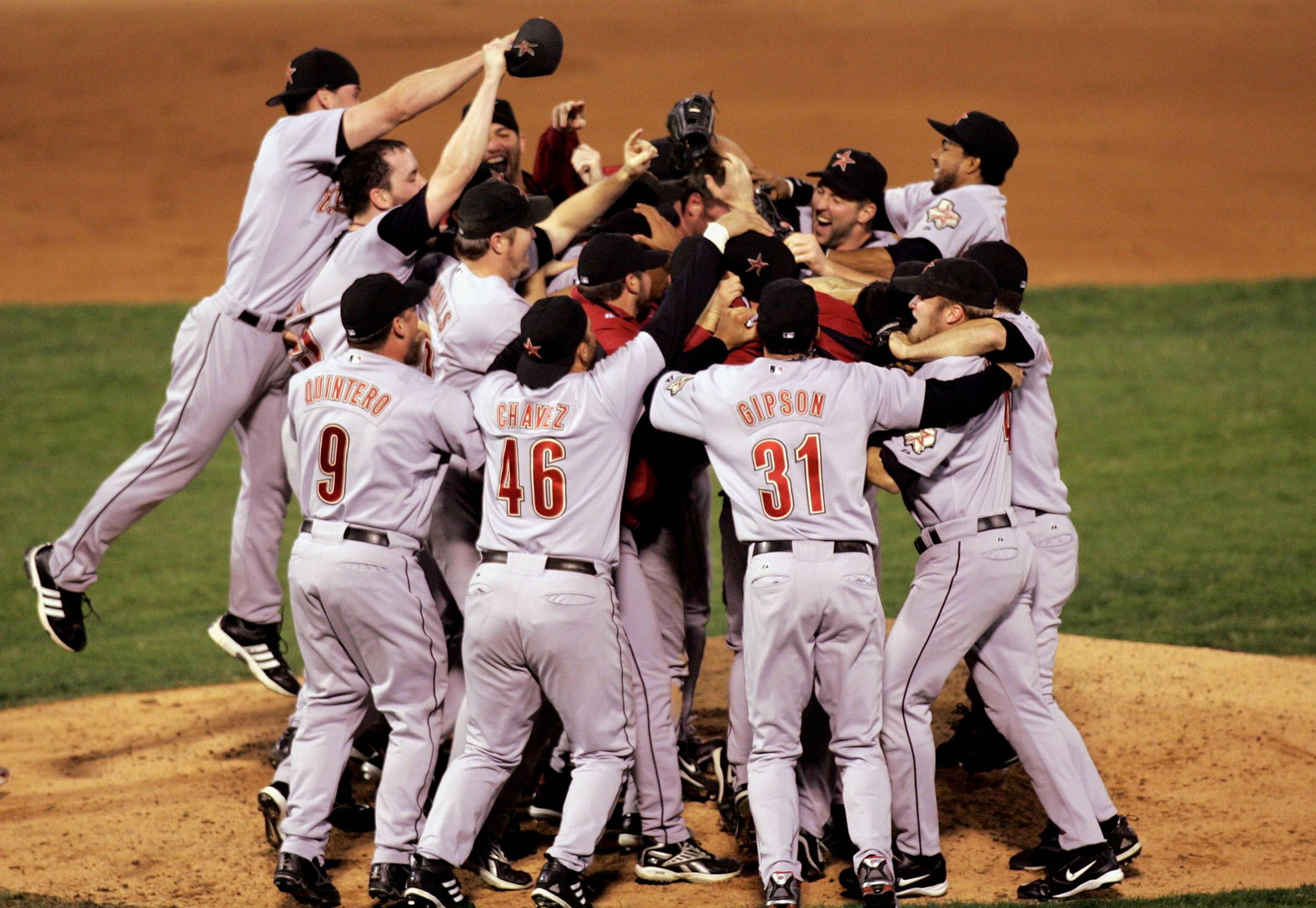 Image result for astros win 2005 nlcs