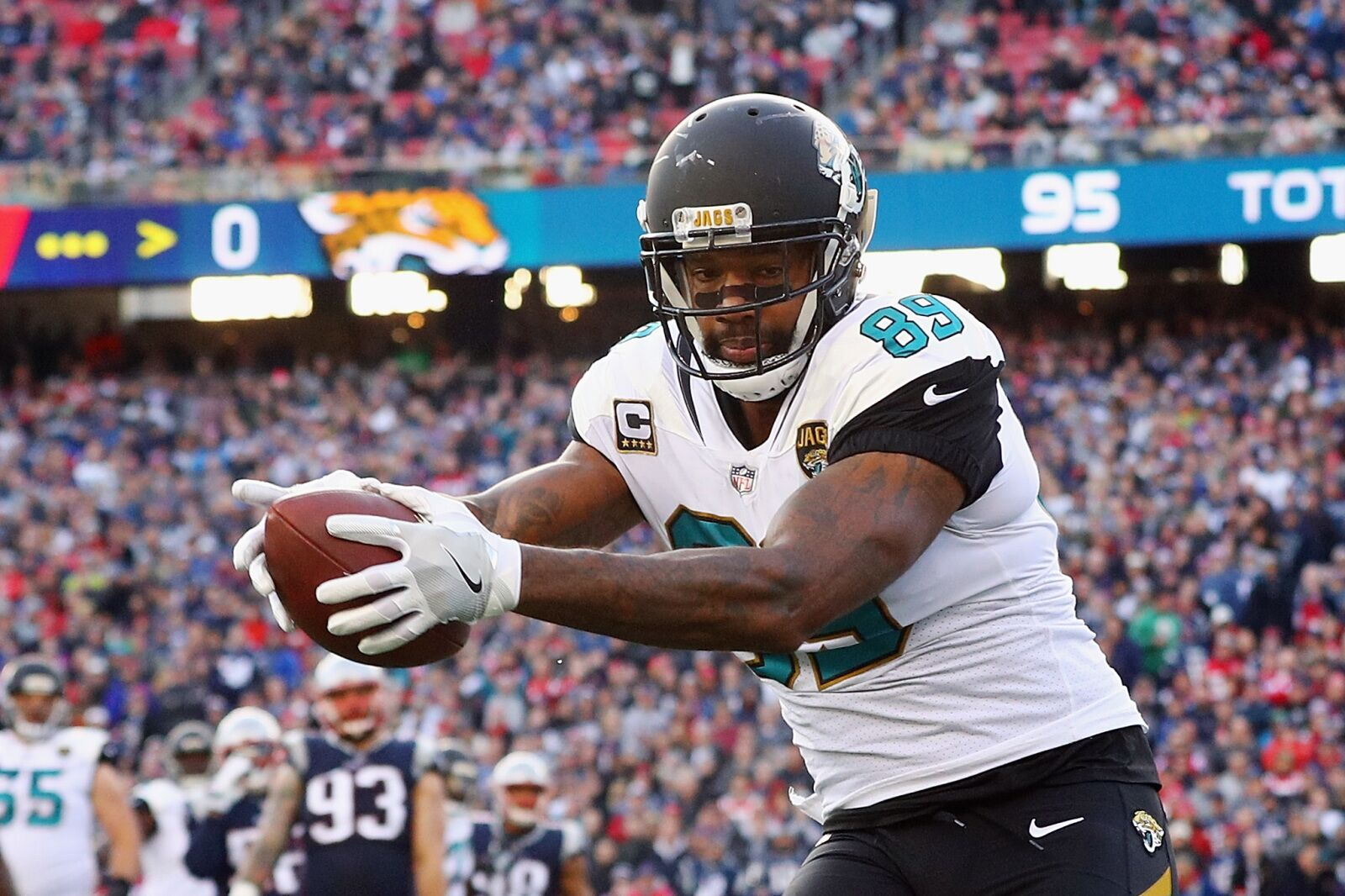 Marcedes Lewis In Jacksonville Jaguars V Houston Texans: Houston Texans: Team Needs To Stop Stalling And Sign