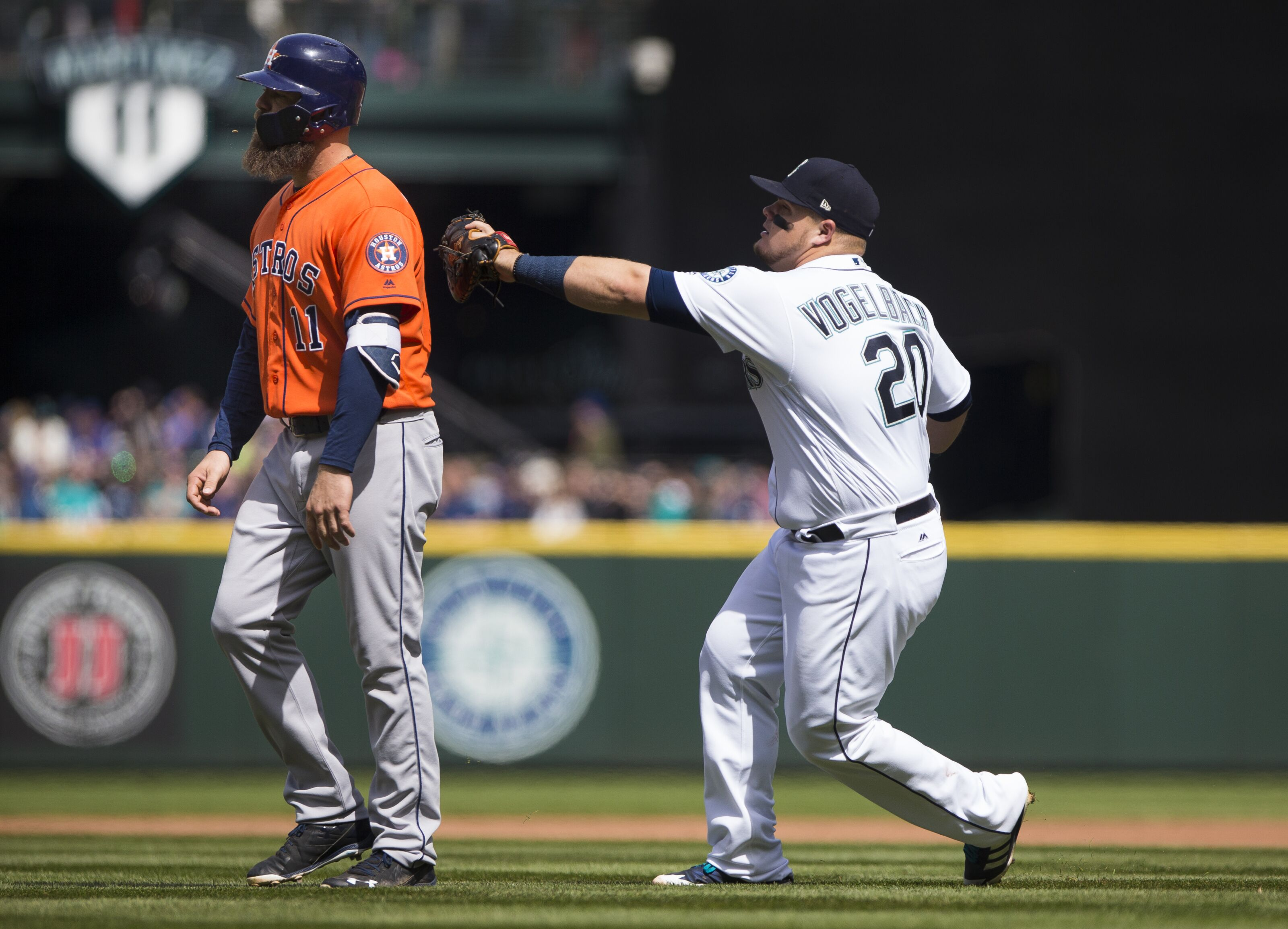 948820298-houston-astros-v-seattle-mariners.jpg