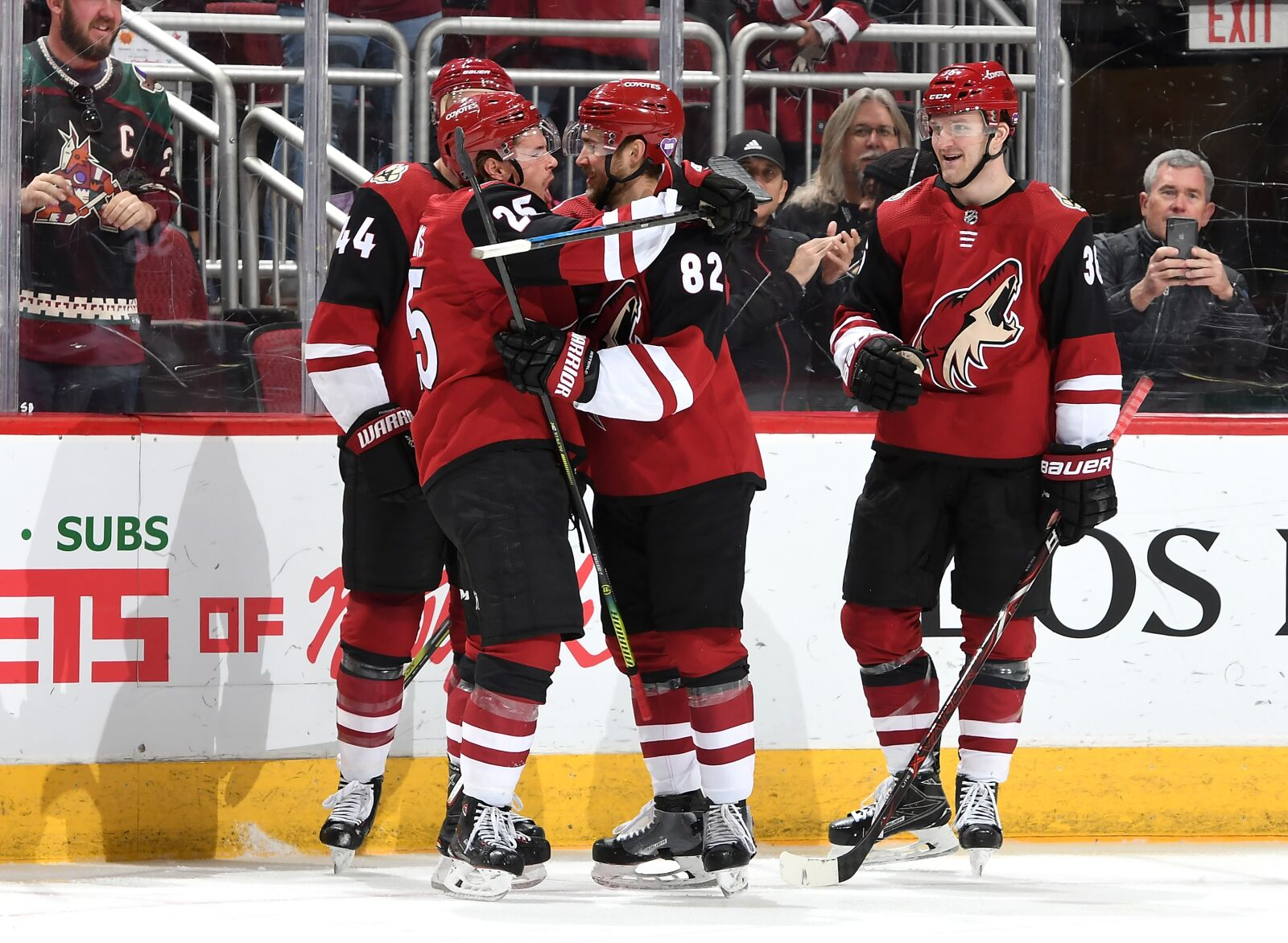 Coyotes to Carry Momentum Against Predators