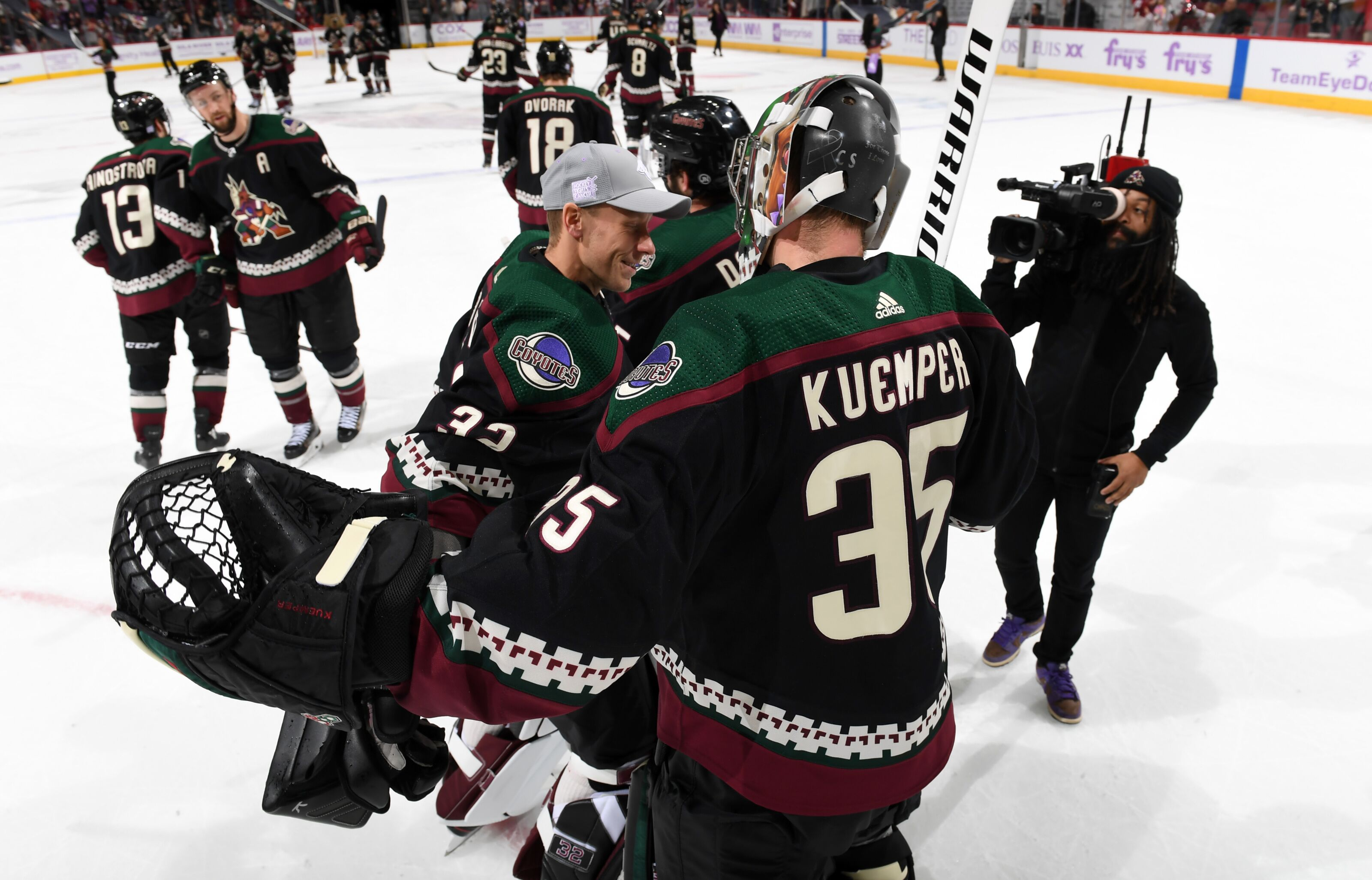 Coyotes goaltenders Darcy Kuemper and Antti Raanta have wins for the history books