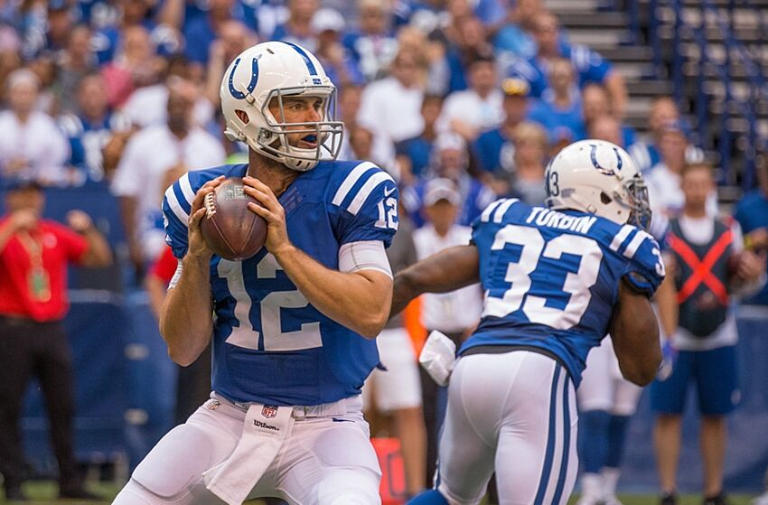d5f7cb51 Indianapolis Colts: Luck's Big Day Not Enough as Lions Top Colts 39-35