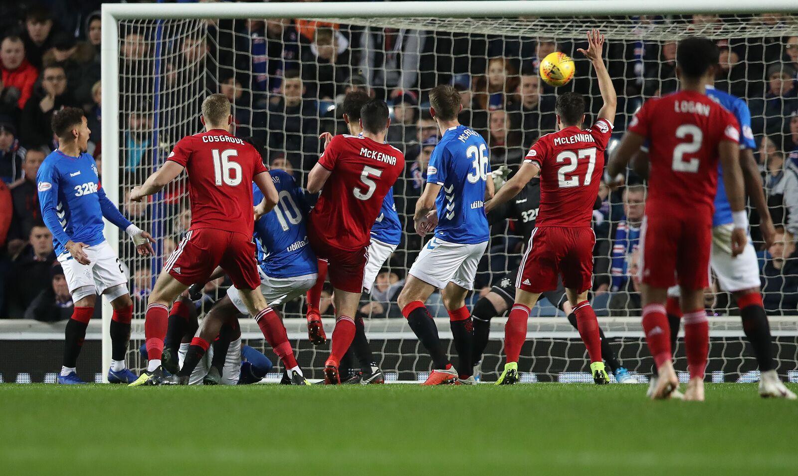 Rangers Win Wild Match Over Aberdeen 4-2