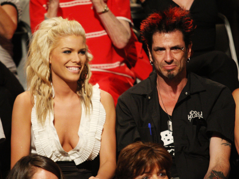 Celebrity Big Brother's Bit On The Side Season 12 Episode 17