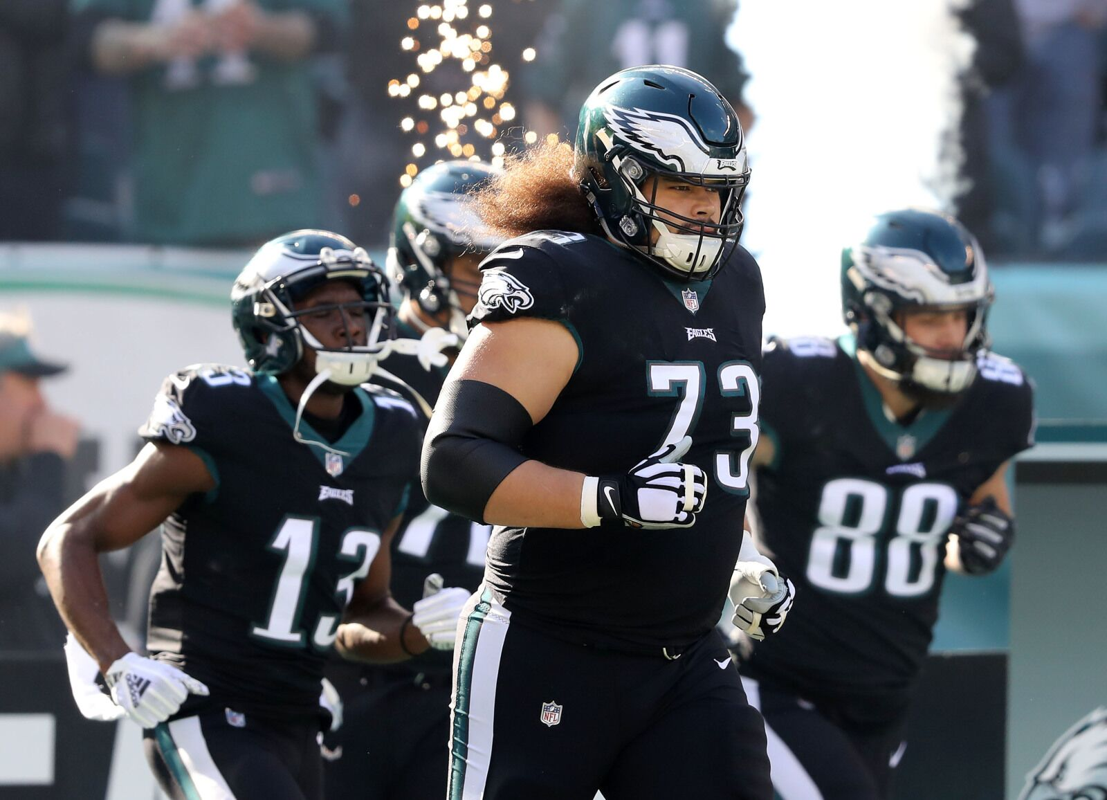 688bf071066 Philadelphia Eagles extend Isaac Seumalo through 2022