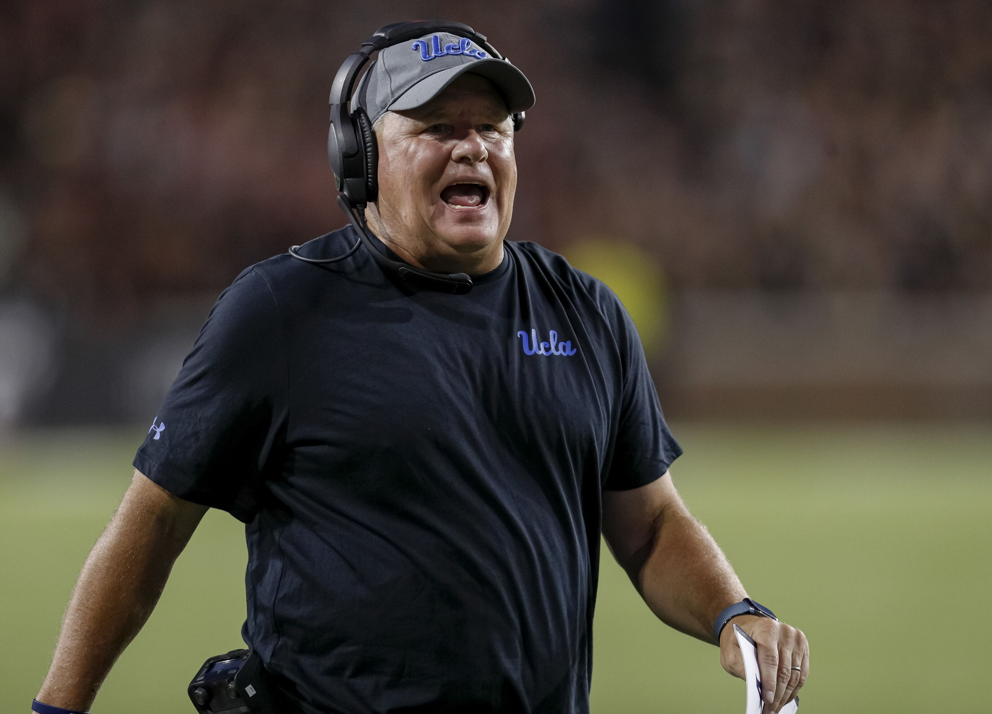 Experts troll former Eagles HC Chip Kelly's performance at UCLA