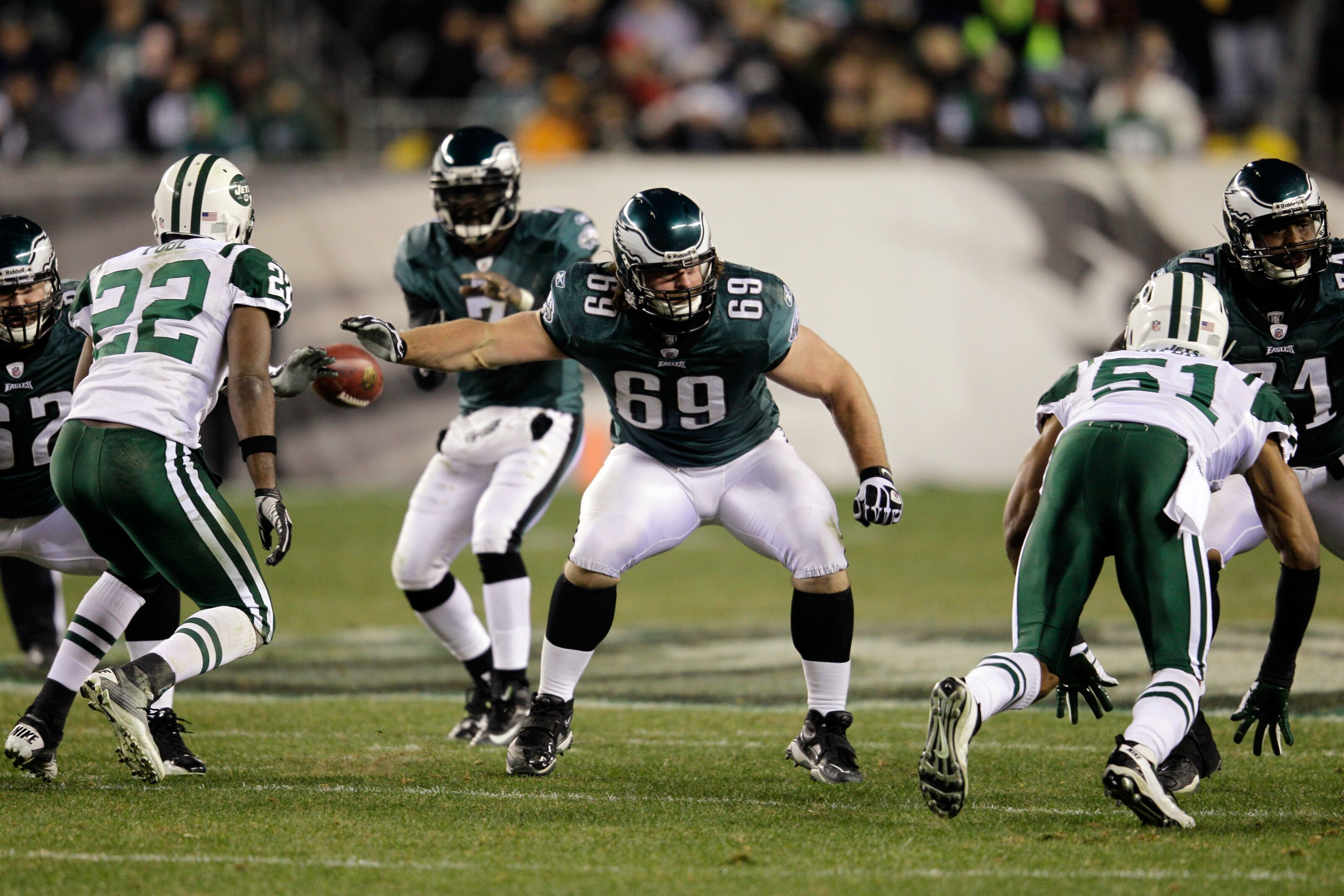 Which Philadelphia Eagles guard had best statistical grade this decade?