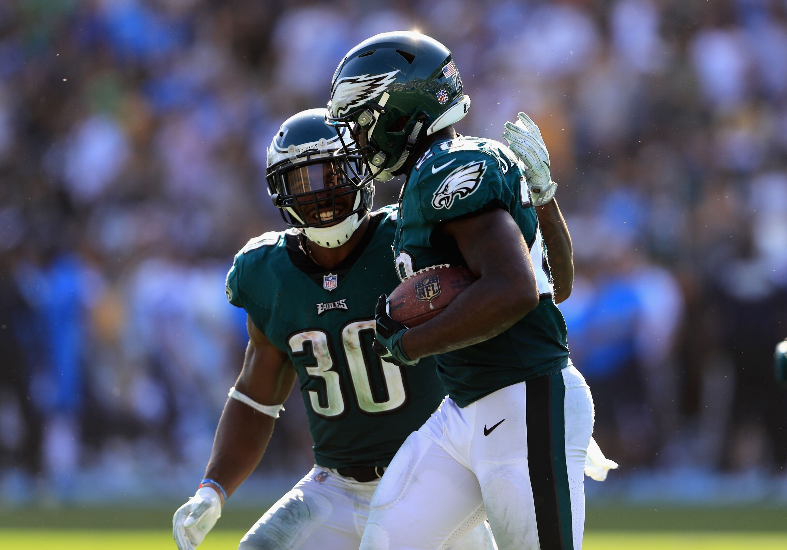 Darren Sproles signing puts Corey Clement, Wendell Smallwood on notice