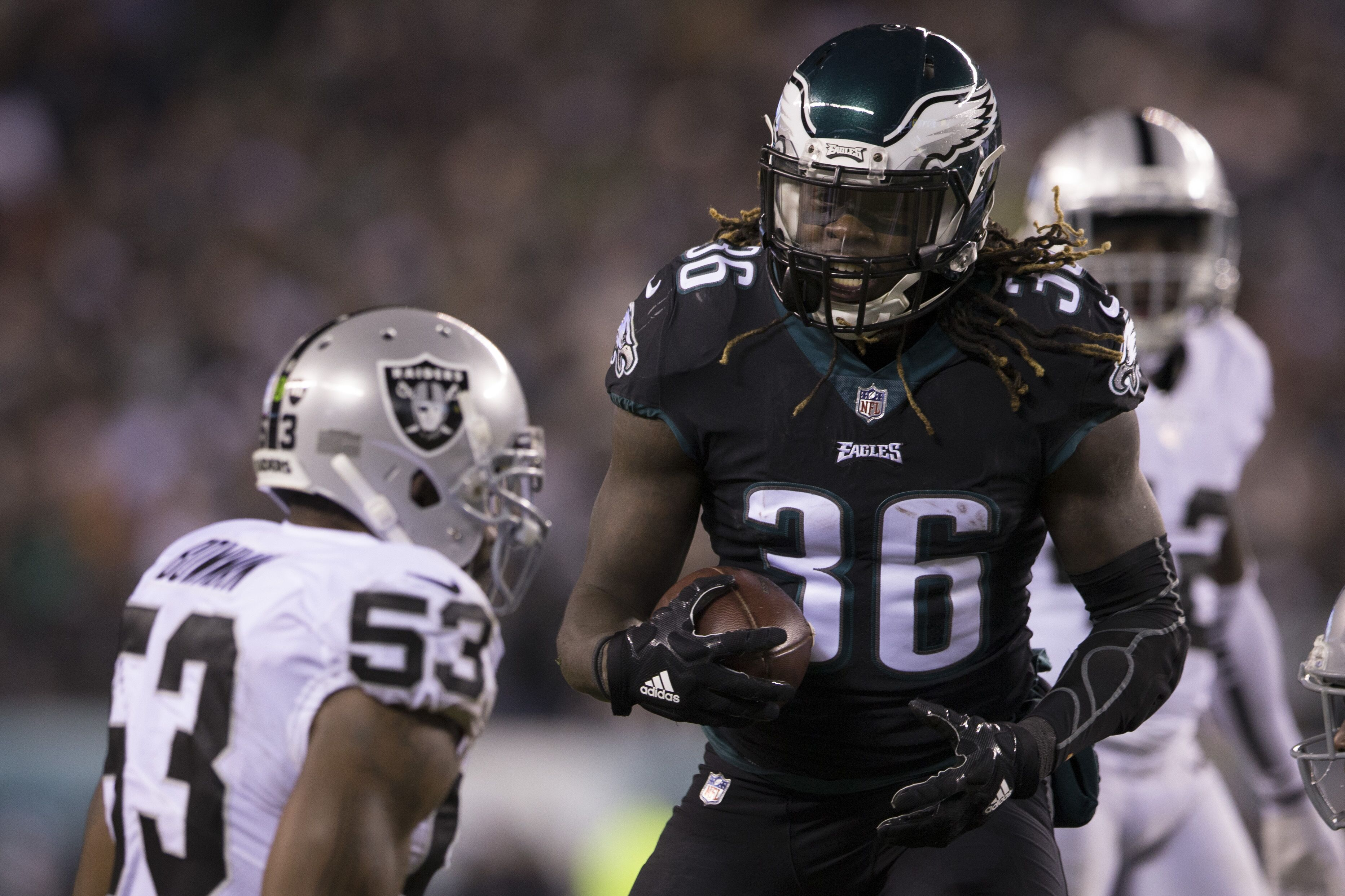 Eagles Are Ready To Play Smash Mouth Football With Jay Ajayi