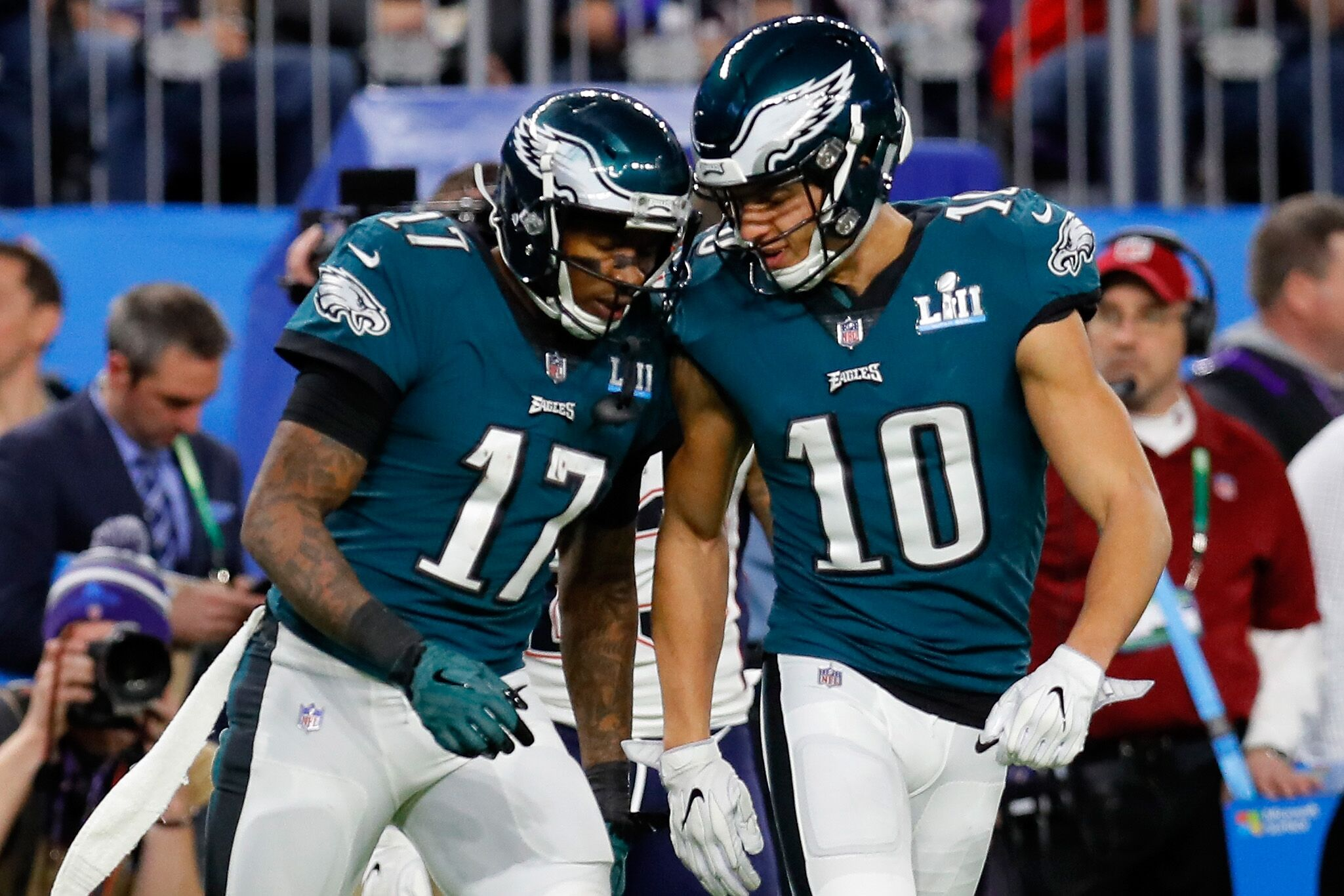 new concept f2d9d 80c60 Will Mack Hollins give up his No. 10 jersey to DeSean Jackson?