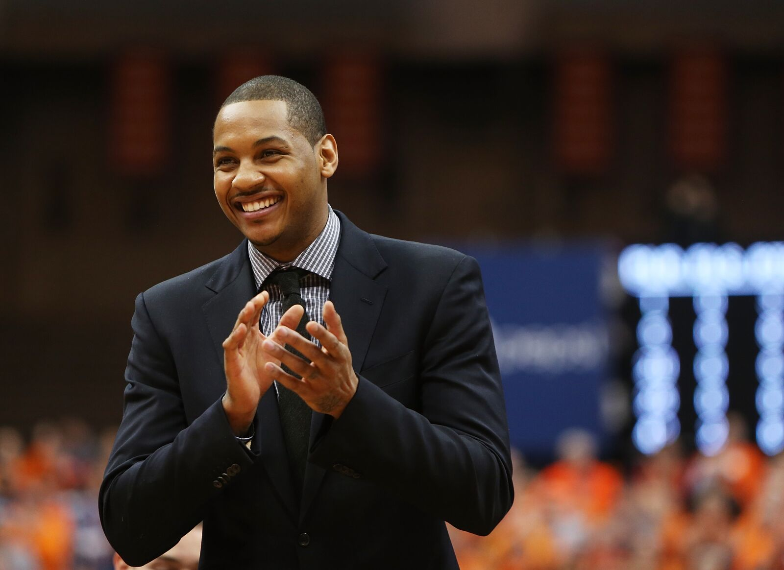 Syracuse Basketball: Boeheim's Army taking a hard look at Carmelo Anthony