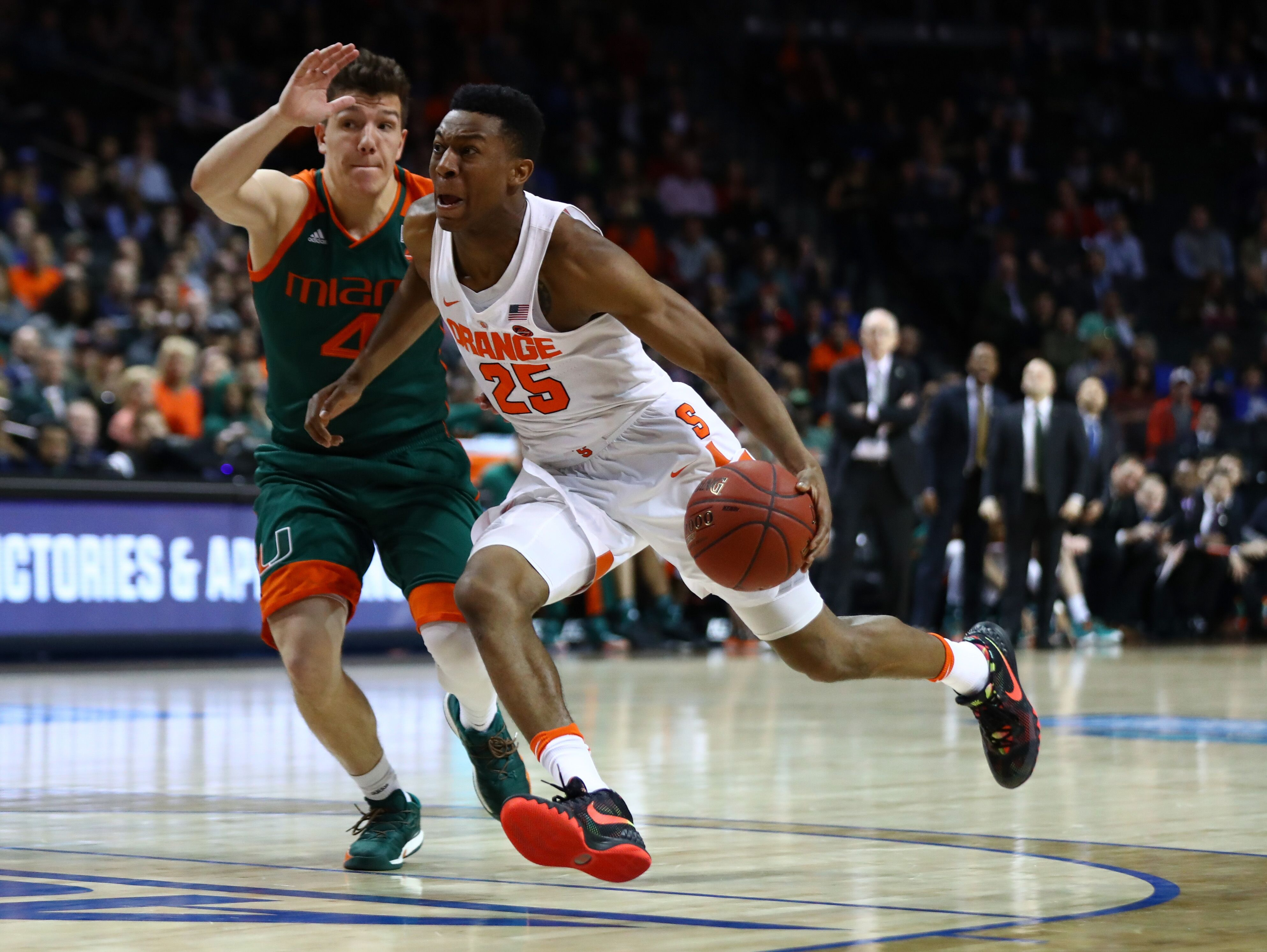 Syracuse Basketball Tyus Battle S Clutch Play Leads To Critical Win
