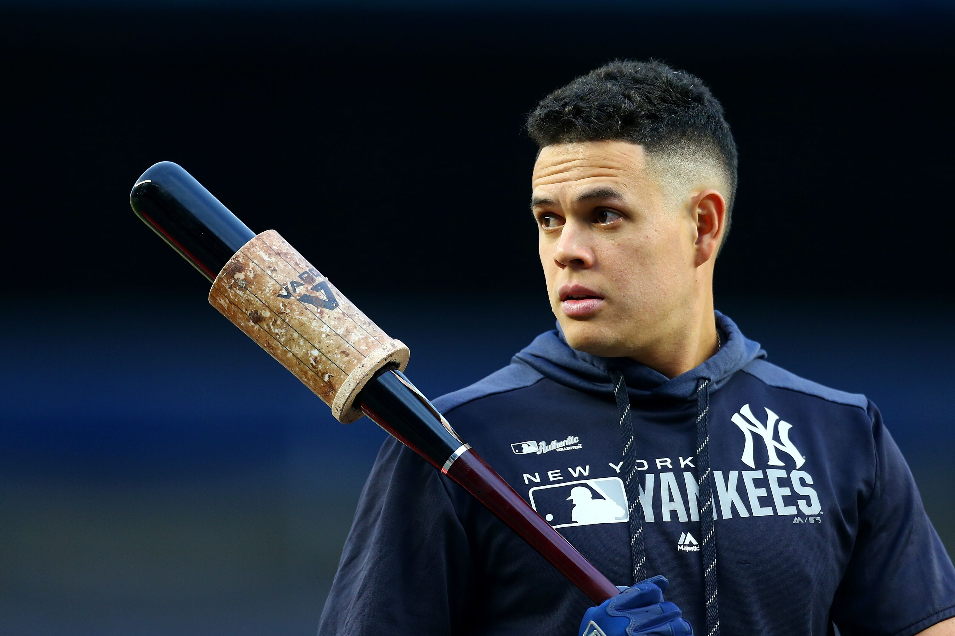 Blue Jays: Avoiding another Gio Urshela situation with roster decisions