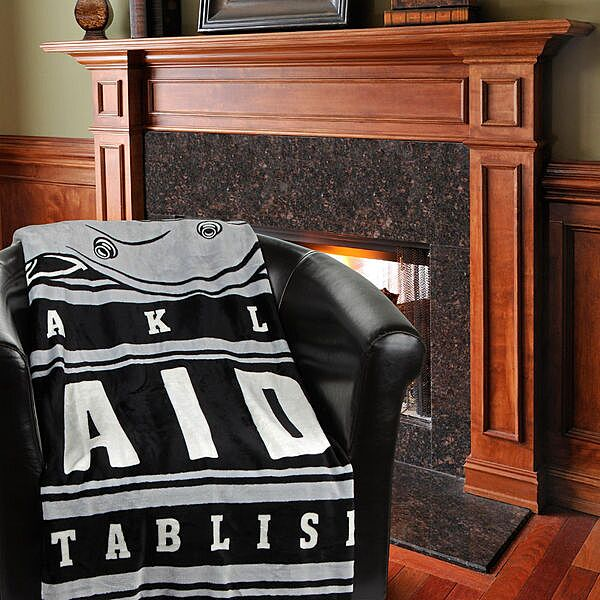 Must Have Man Cave Gifts : Oakland raiders gift guide must have gifts for the man
