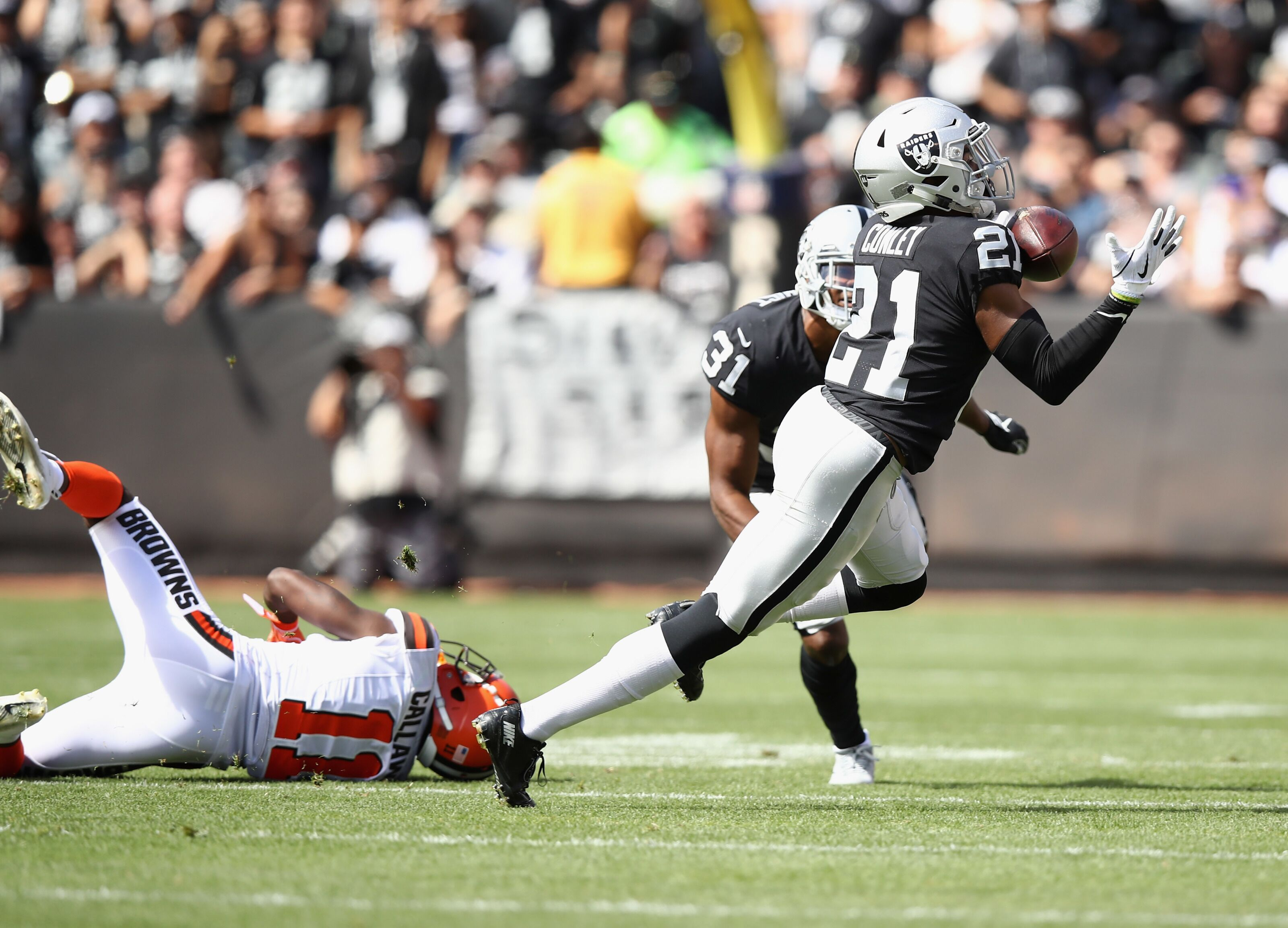 Oakland Raiders: Gareon Conley expected to see increase in snaps