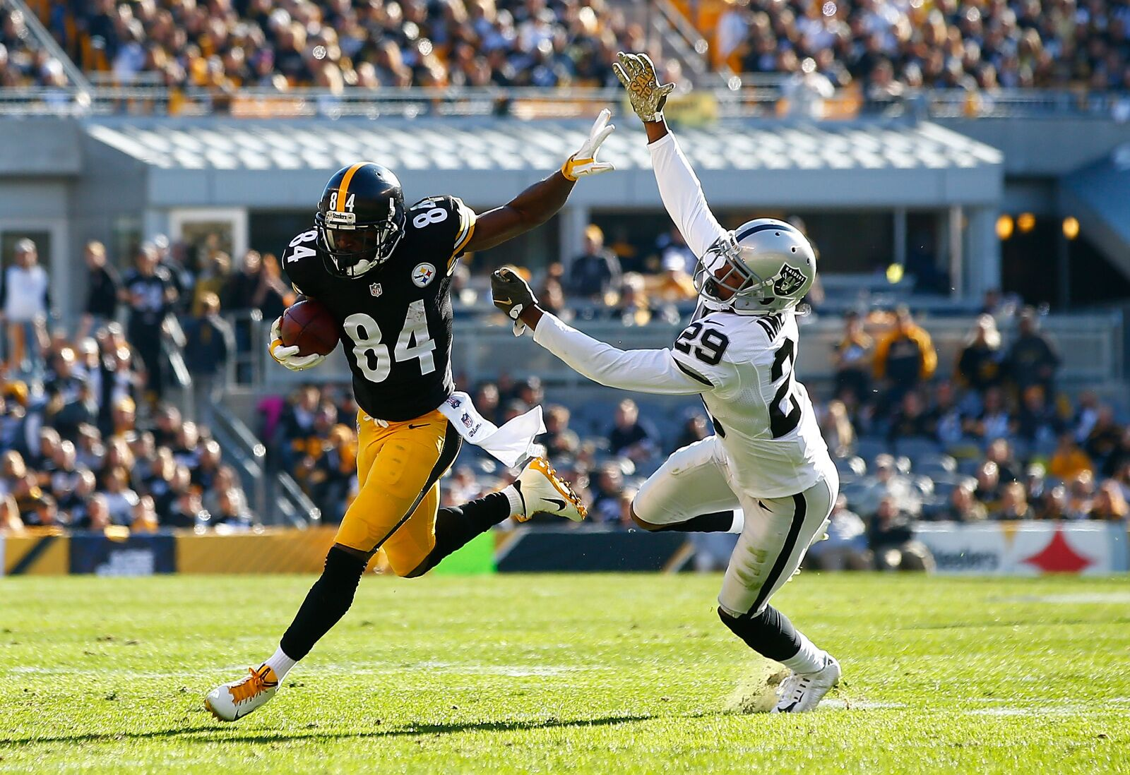 Oakland Raiders trading for Antonio Brown a top offseason move in NFL