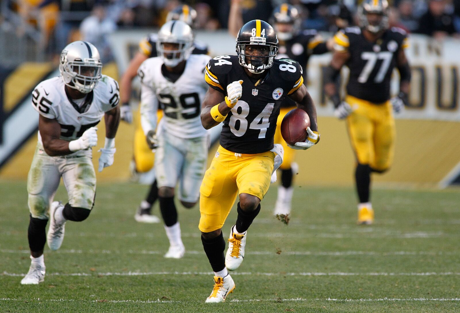 Are Antonio Brown and Tyrell Williams the best WR duo in the AFC West?