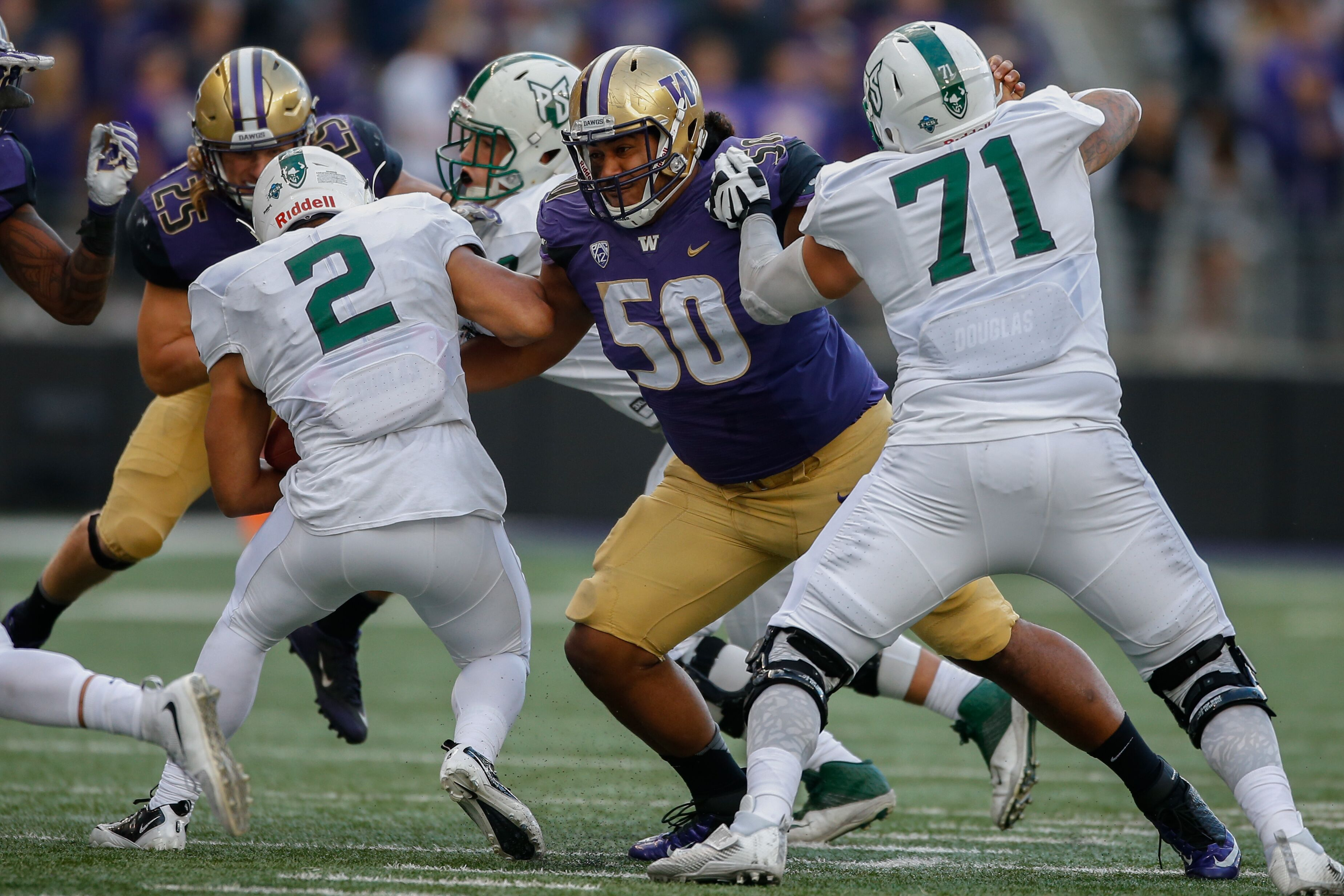 609444850-portland-state-v-washington.jpg