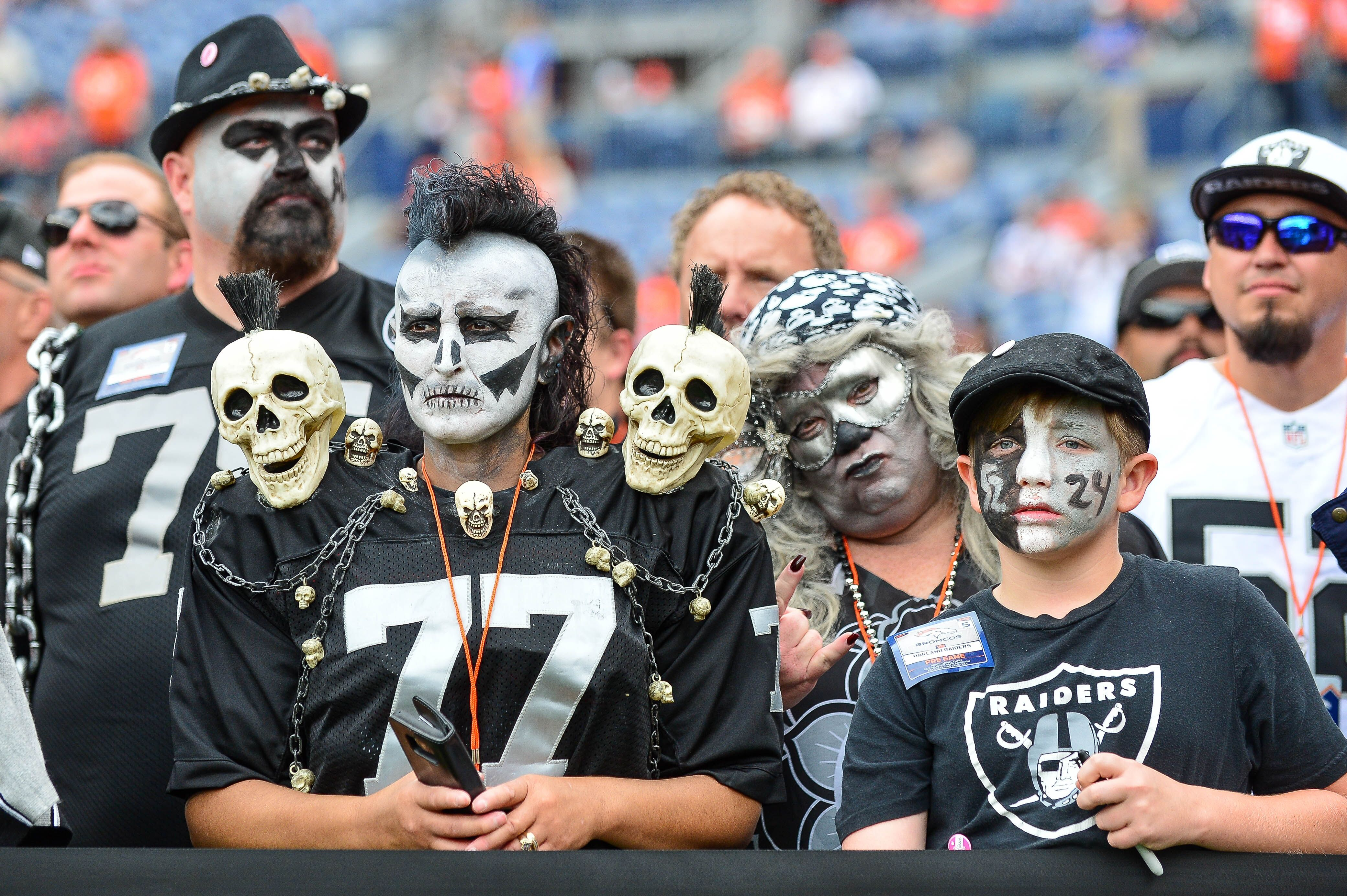 big sale be1cc 7cfaa Fandom 250: Why Oakland Raiders fans are the best in sports