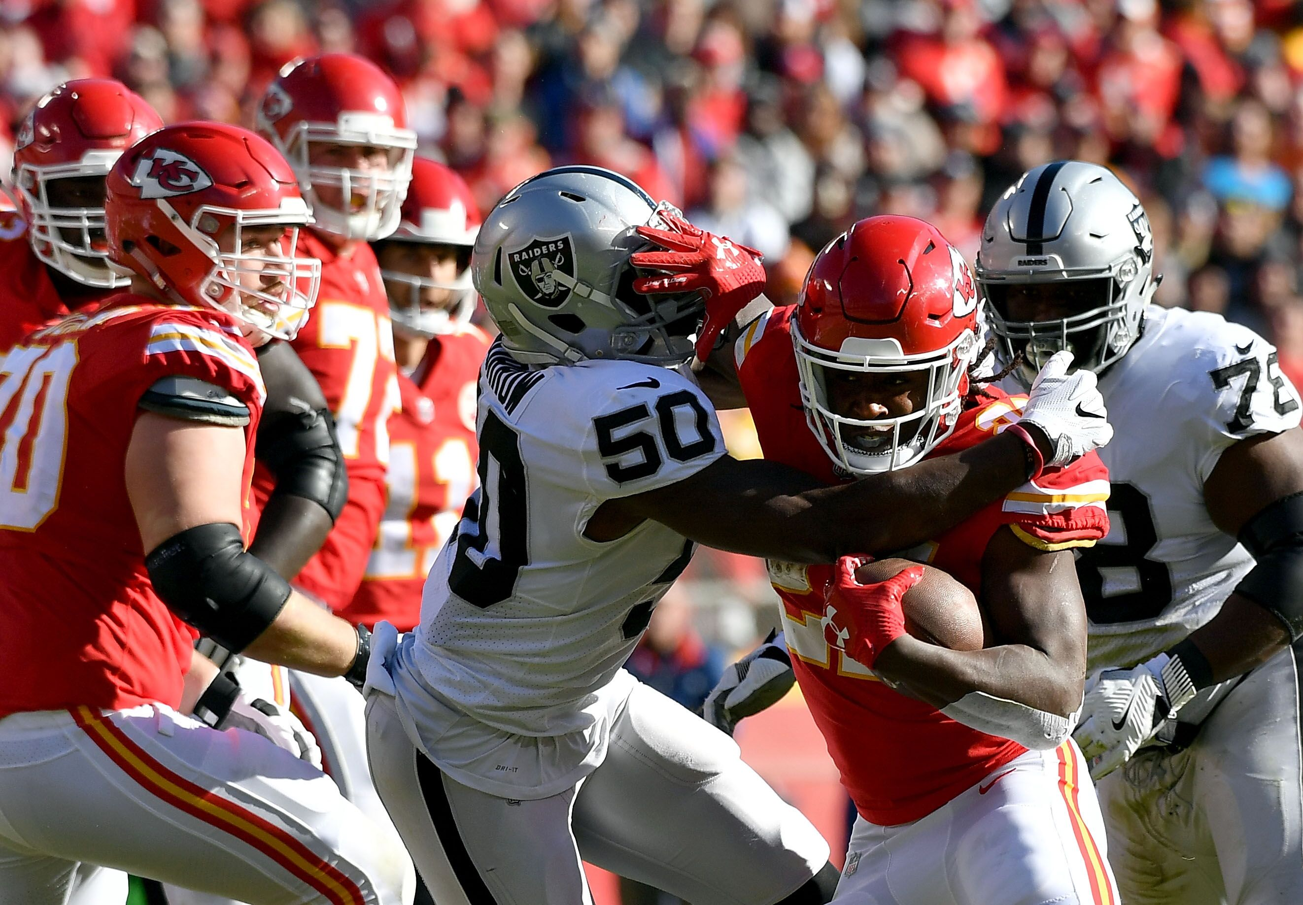 new concept 3cc9d 4c8f8 Raiders drop huge rivalry game to Chiefs, 26-15  Highlights, recap