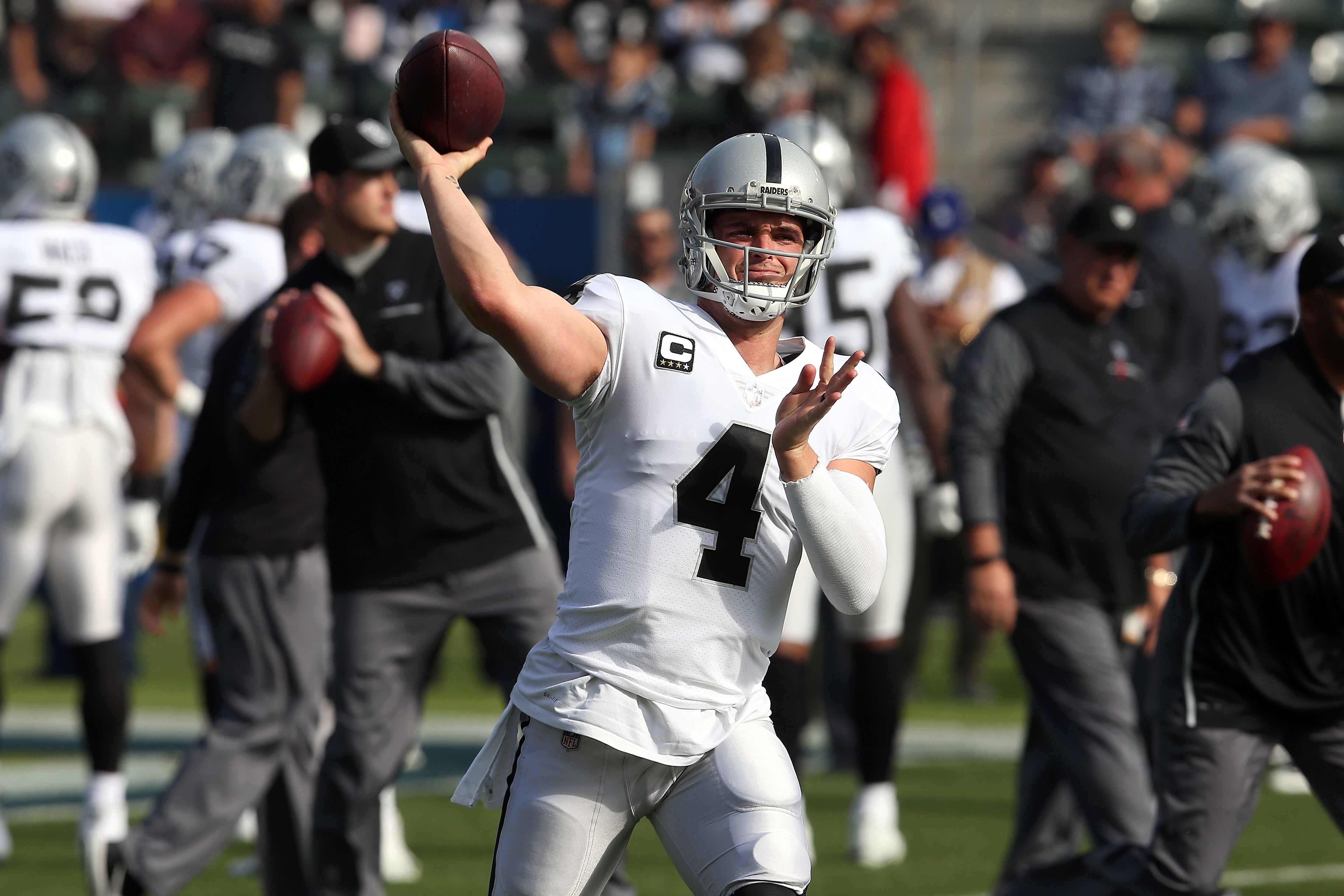 69f9dca79 Raiders news  Derek Carr s late touchdown secures Pro Bowl for AFC
