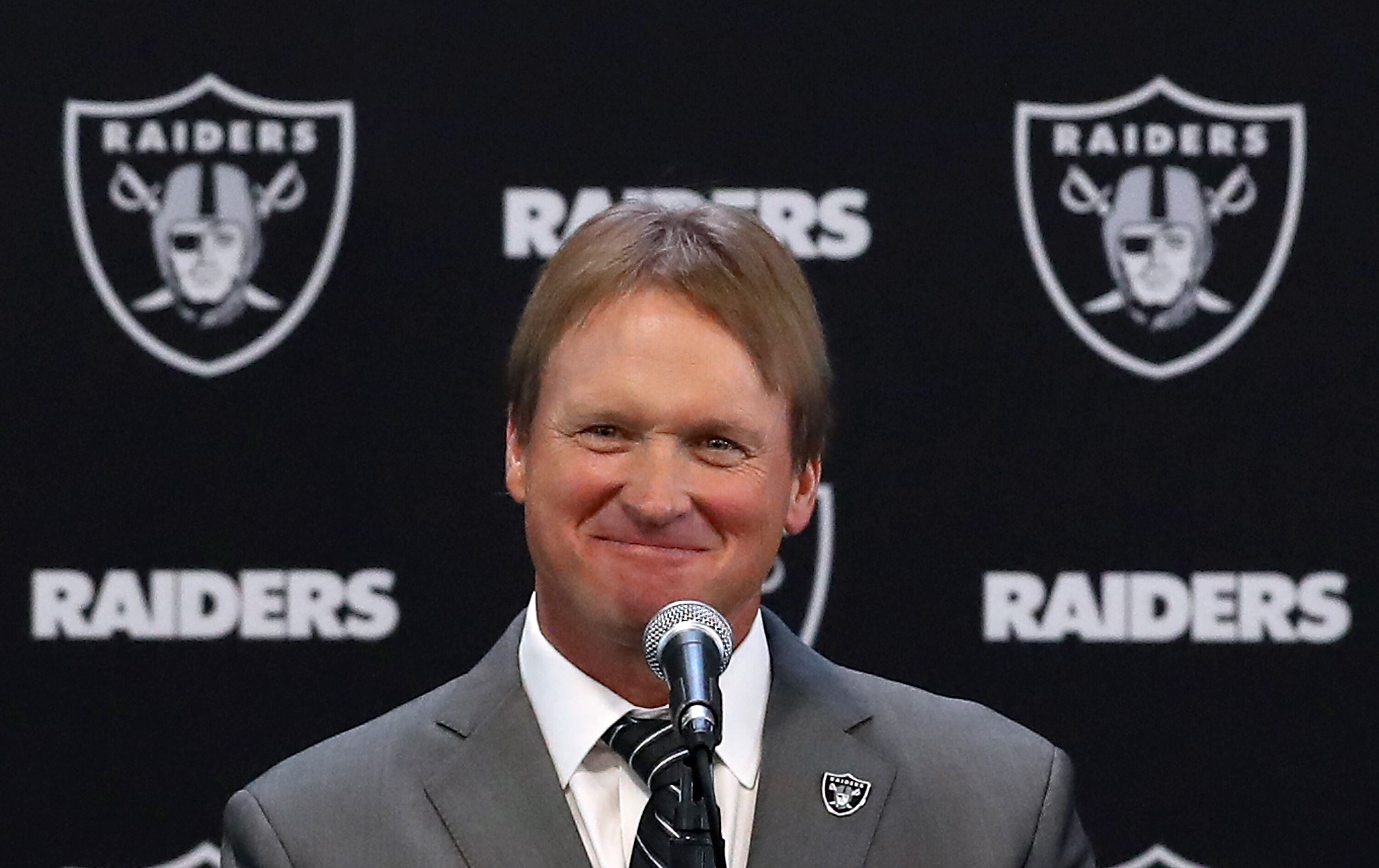 903070686-oakland-raiders-introduce-jon-gruden.jpg